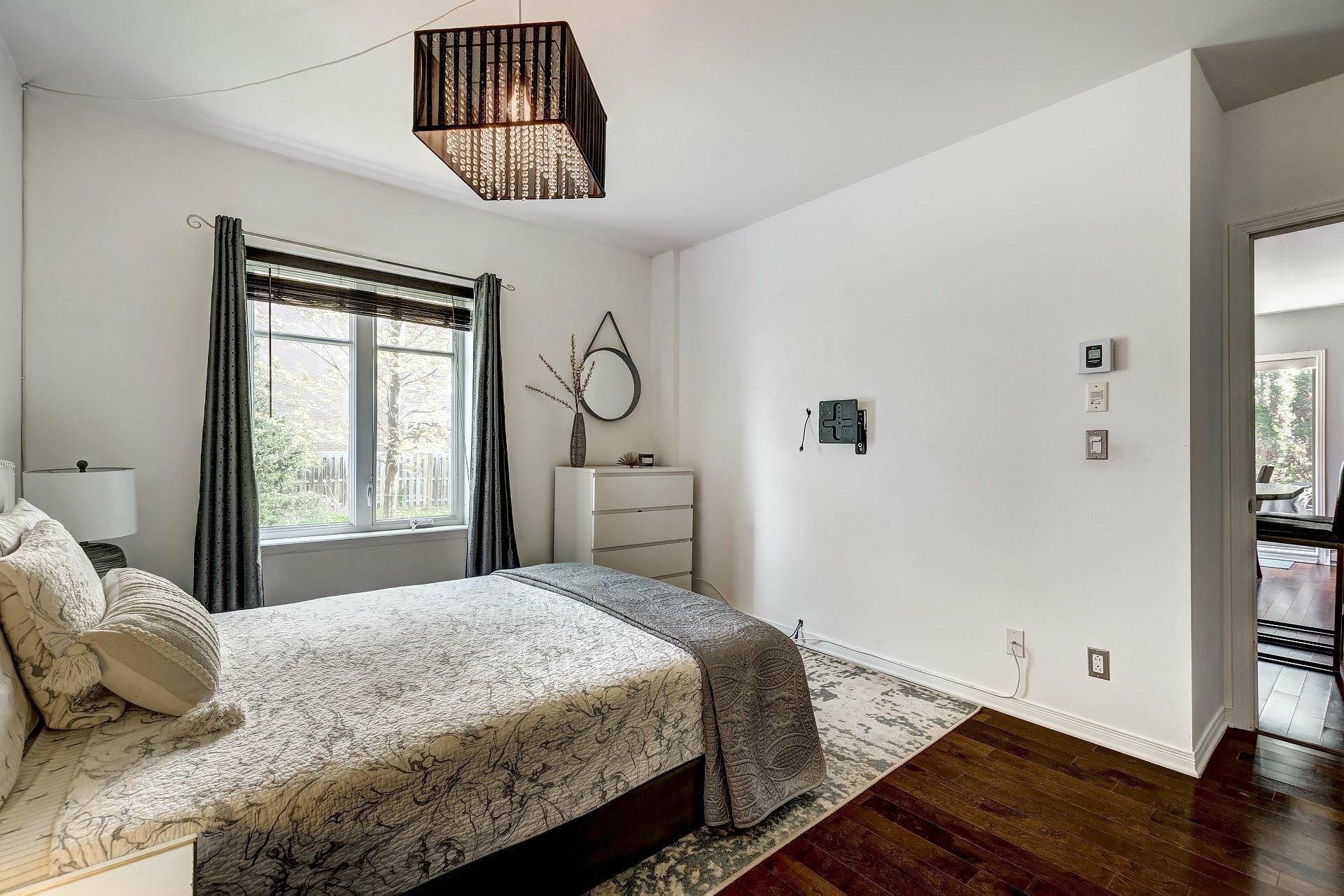 image 25 - Appartement À vendre Pointe-Claire - 5 pièces
