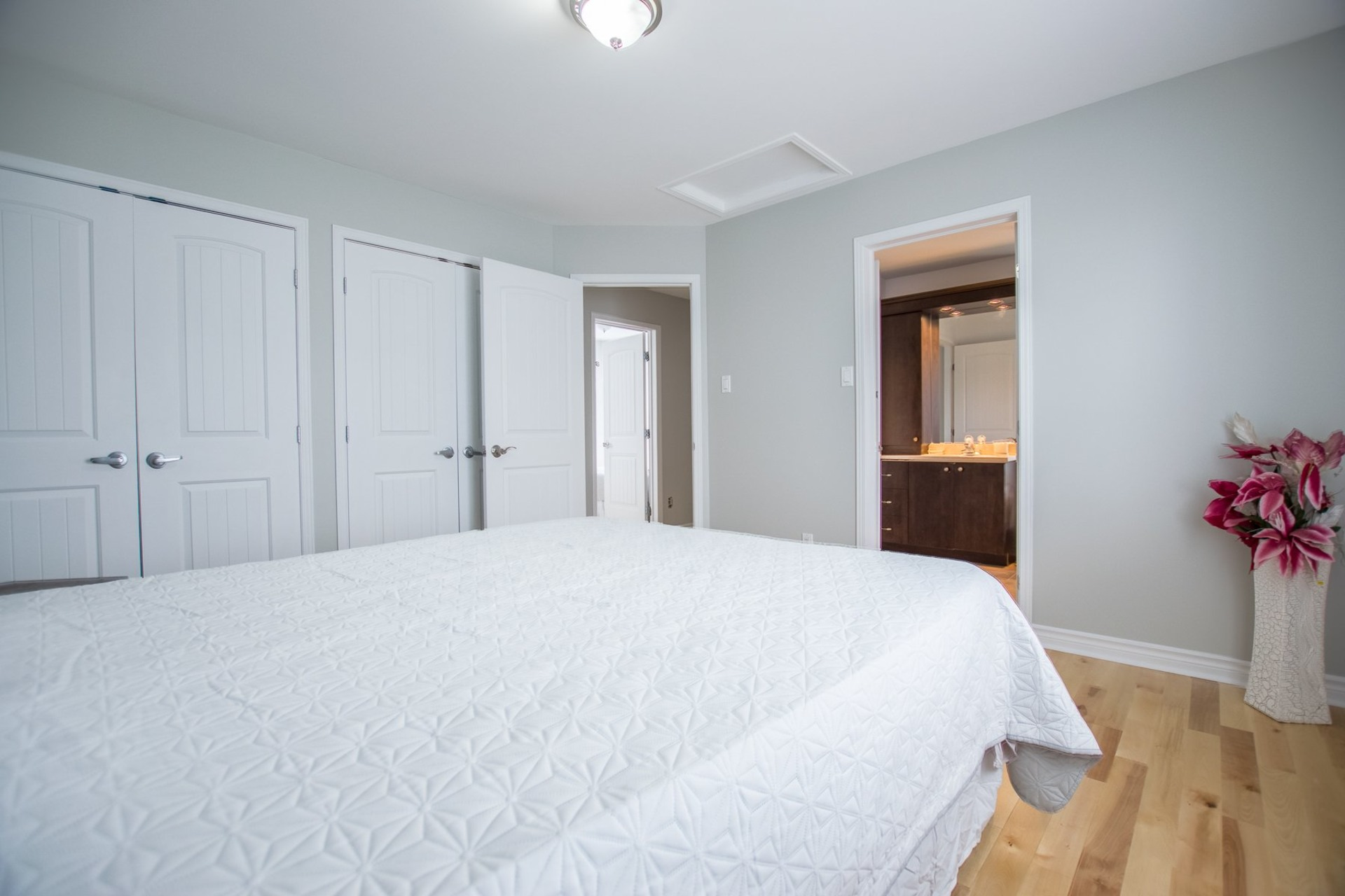 image 10 - House For sale Châteauguay - 11 rooms