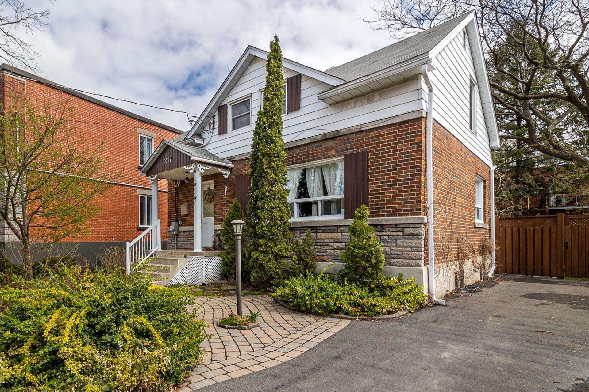 image 0 - House For sale LaSalle Montréal  - 10 rooms