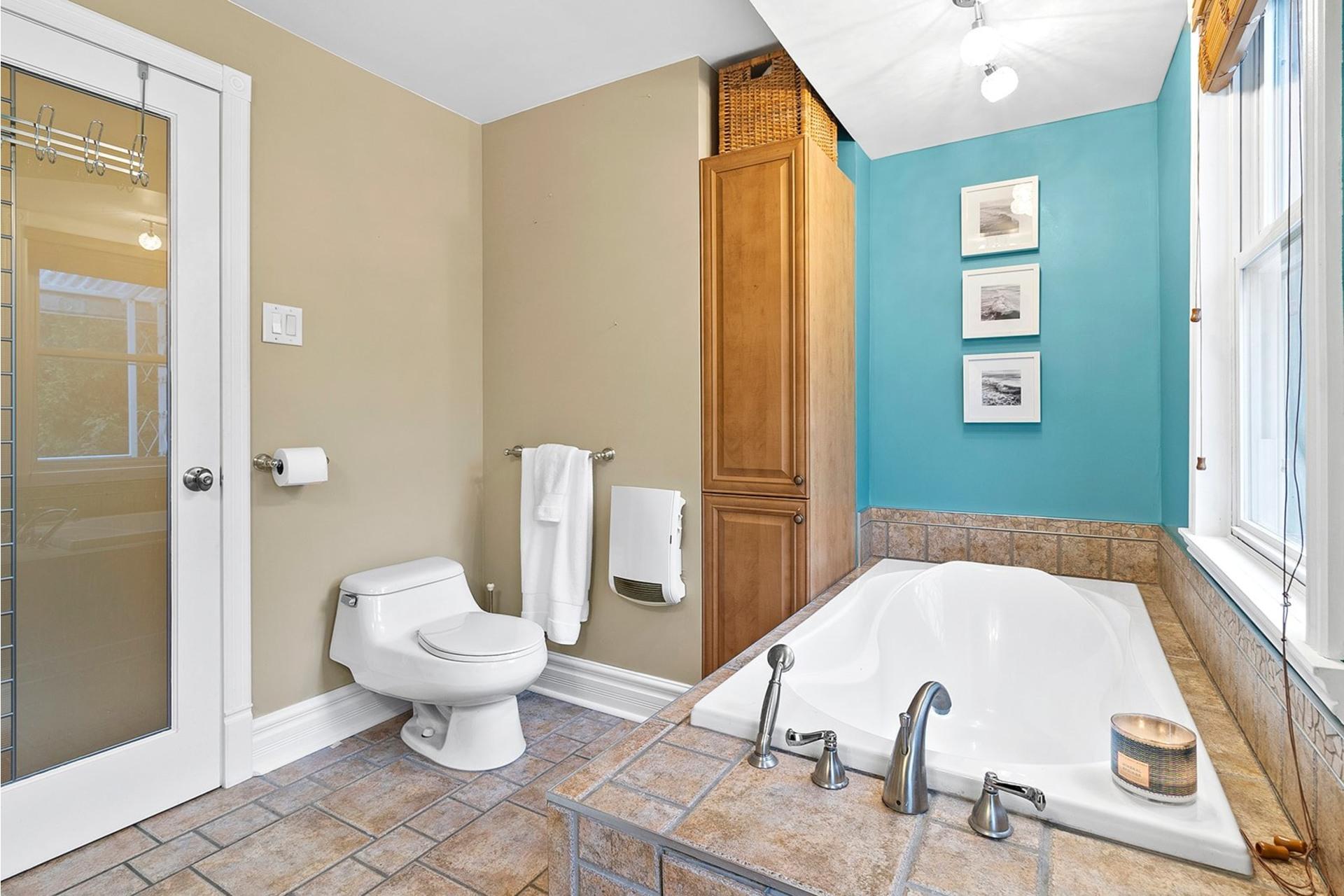 image 16 - House For sale LaSalle Montréal  - 10 rooms