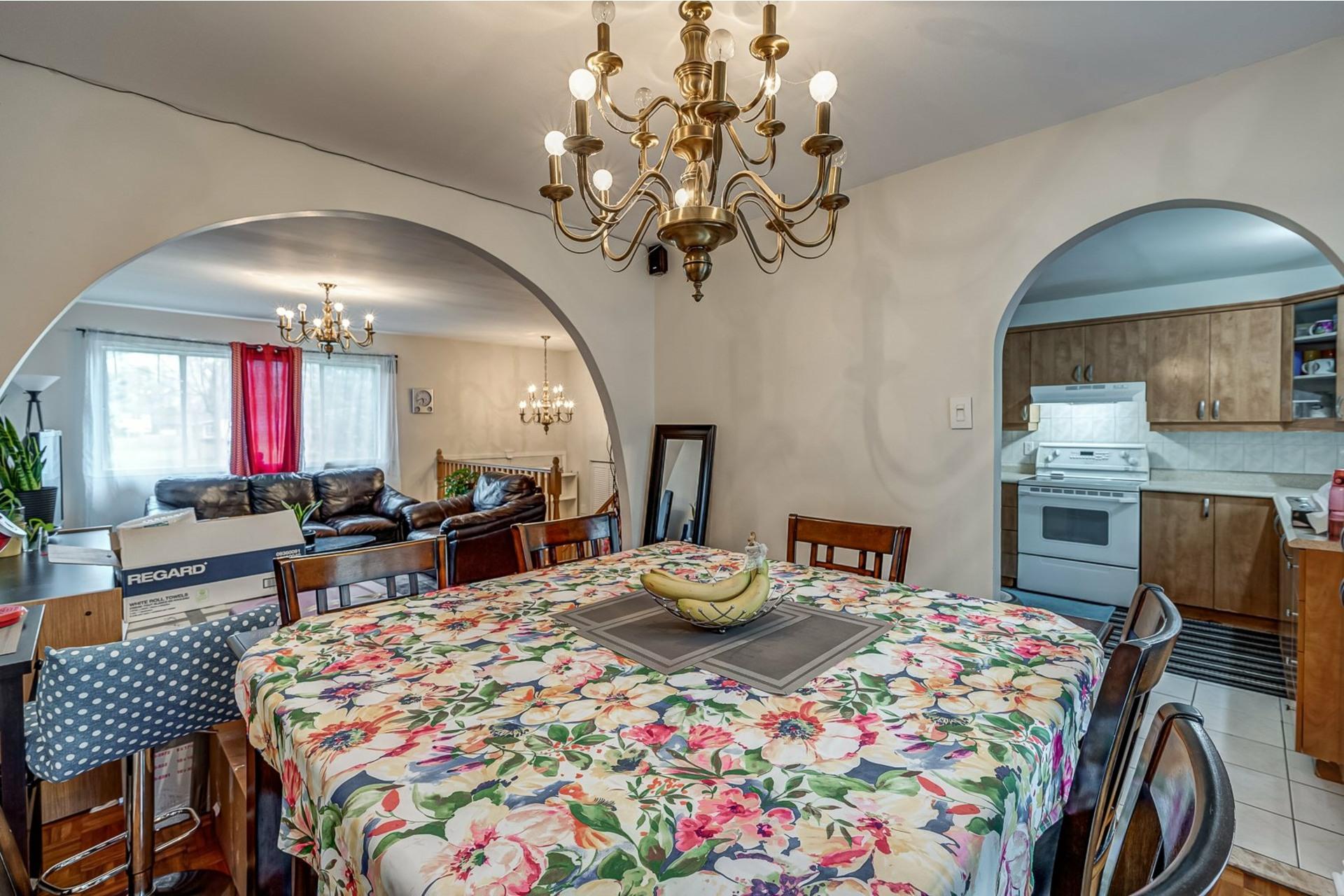 image 6 - House For sale Dollard-Des Ormeaux - 9 rooms