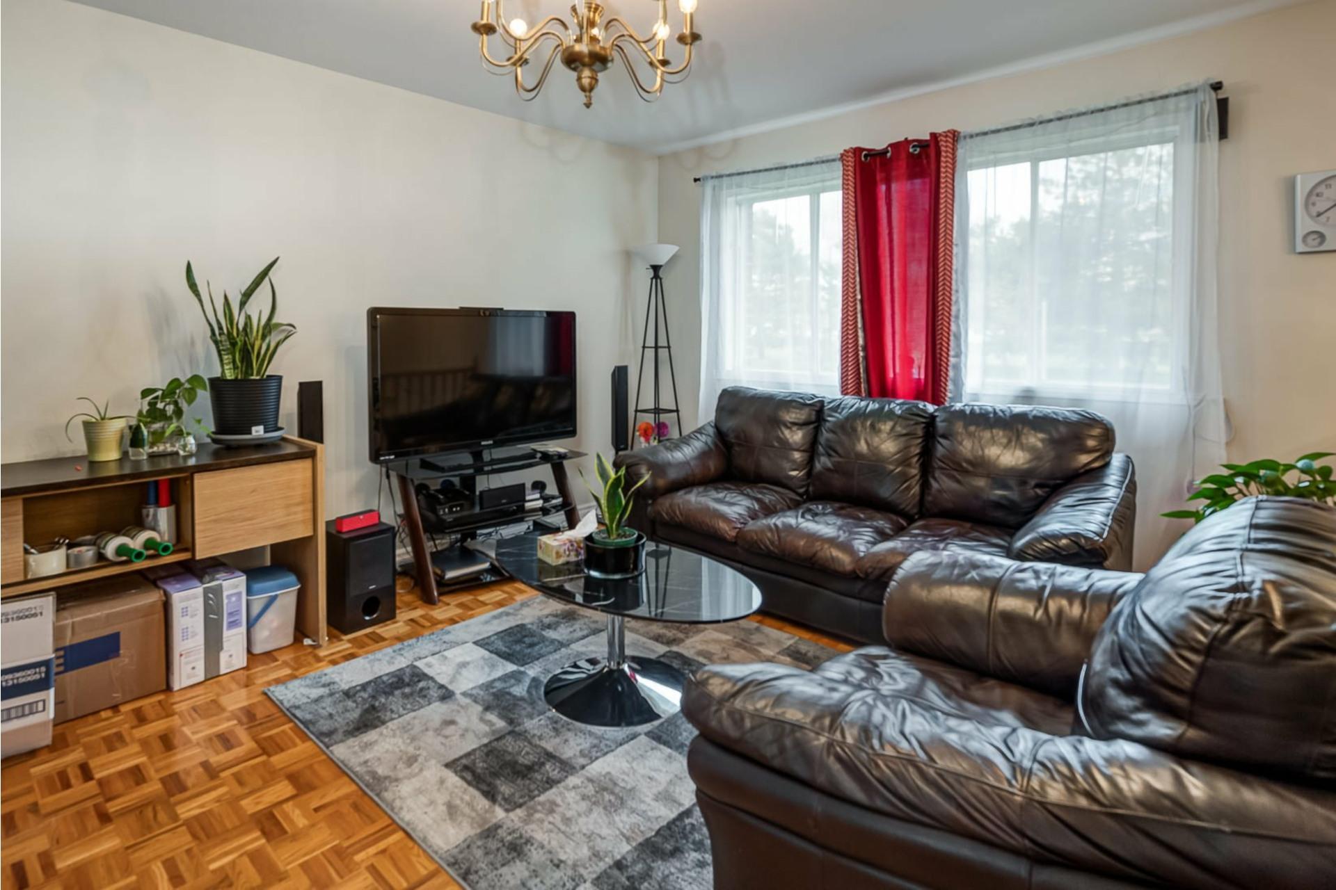 image 3 - House For sale Dollard-Des Ormeaux - 9 rooms