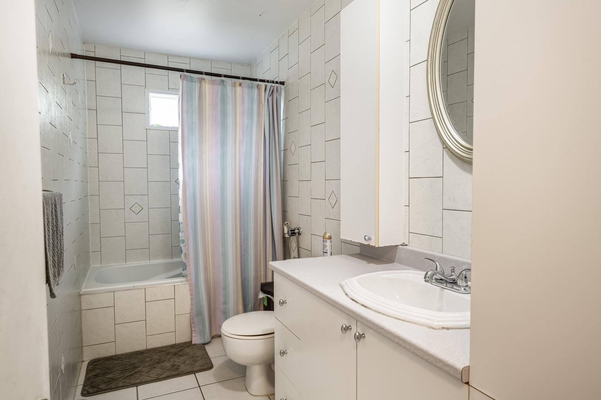 image 7 - House For sale Dollard-Des Ormeaux - 9 rooms