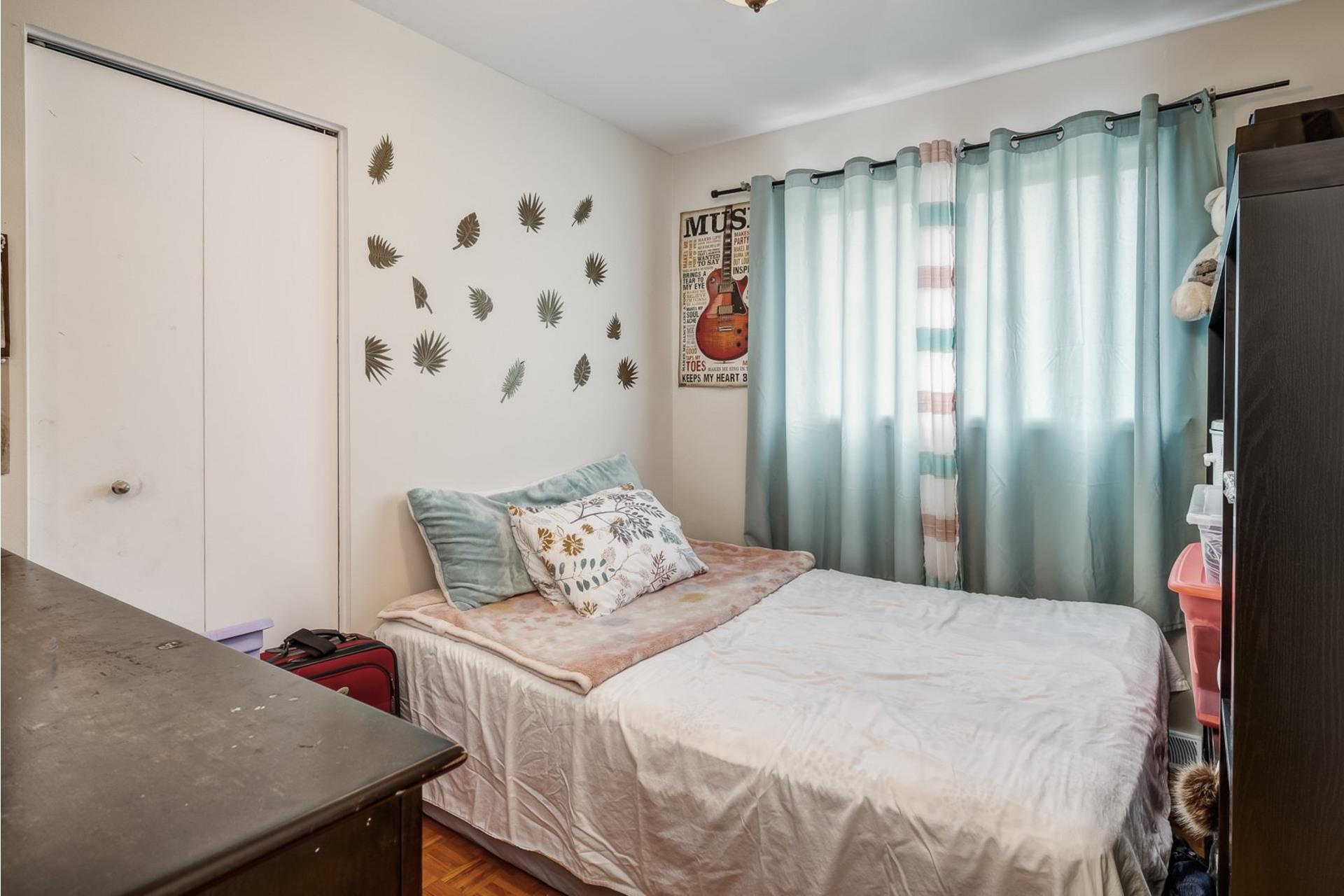 image 10 - House For sale Dollard-Des Ormeaux - 9 rooms