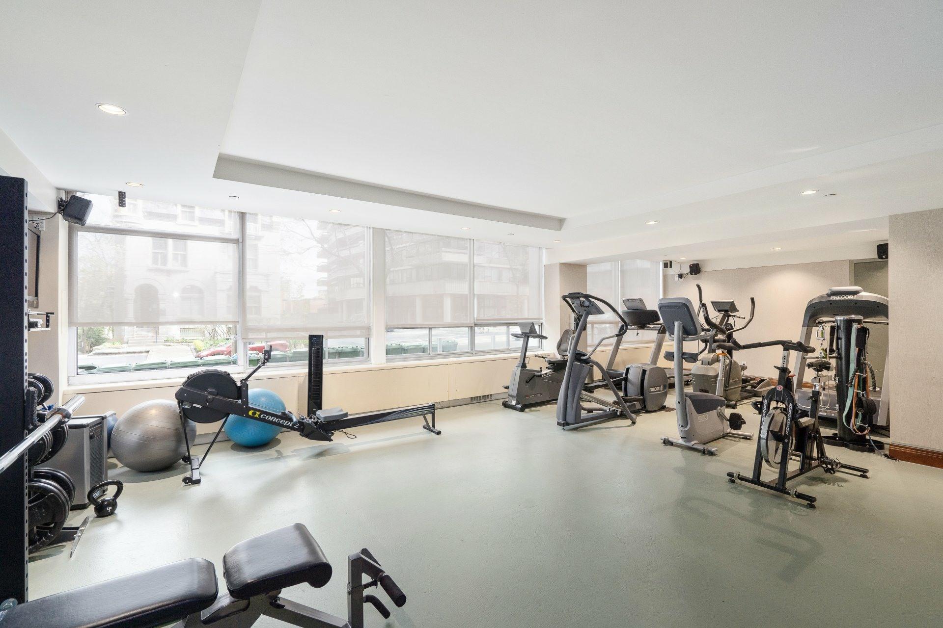 image 21 - Apartment For sale Ville-Marie Montréal  - 4 rooms