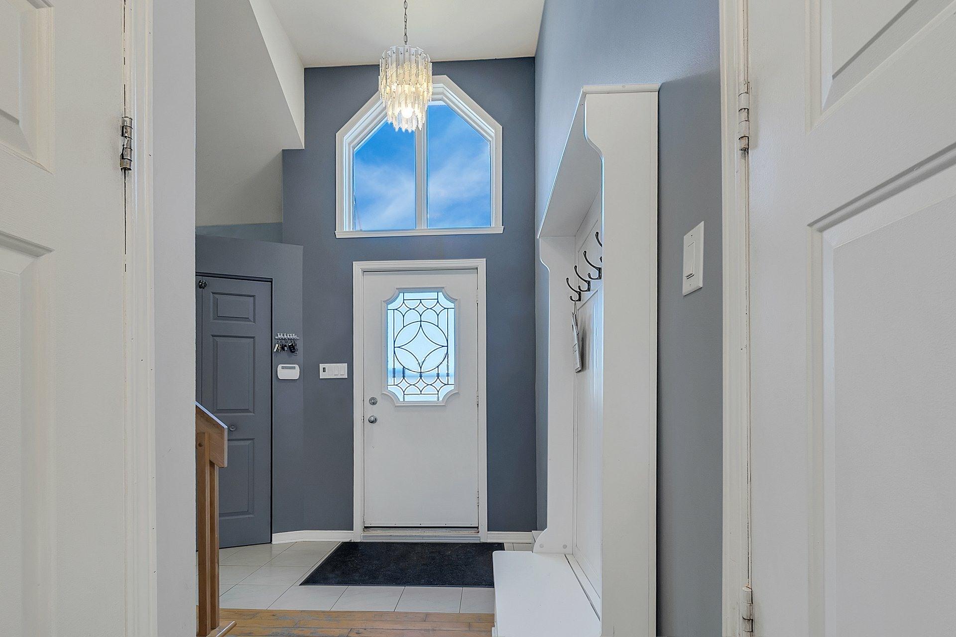 image 1 - House For sale Saint-Eustache - 8 rooms