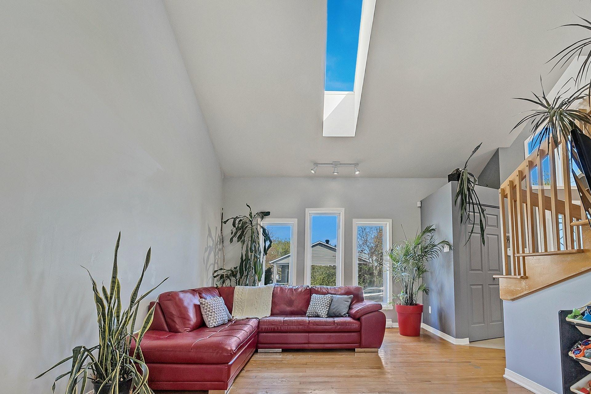 image 4 - House For sale Saint-Eustache - 8 rooms