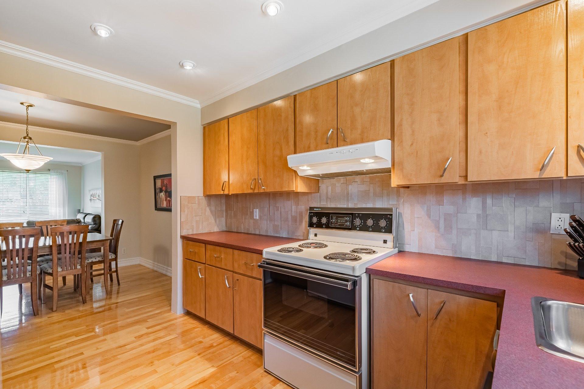 image 11 - Triplex For sale Mercier/Hochelaga-Maisonneuve Montréal  - 6 rooms