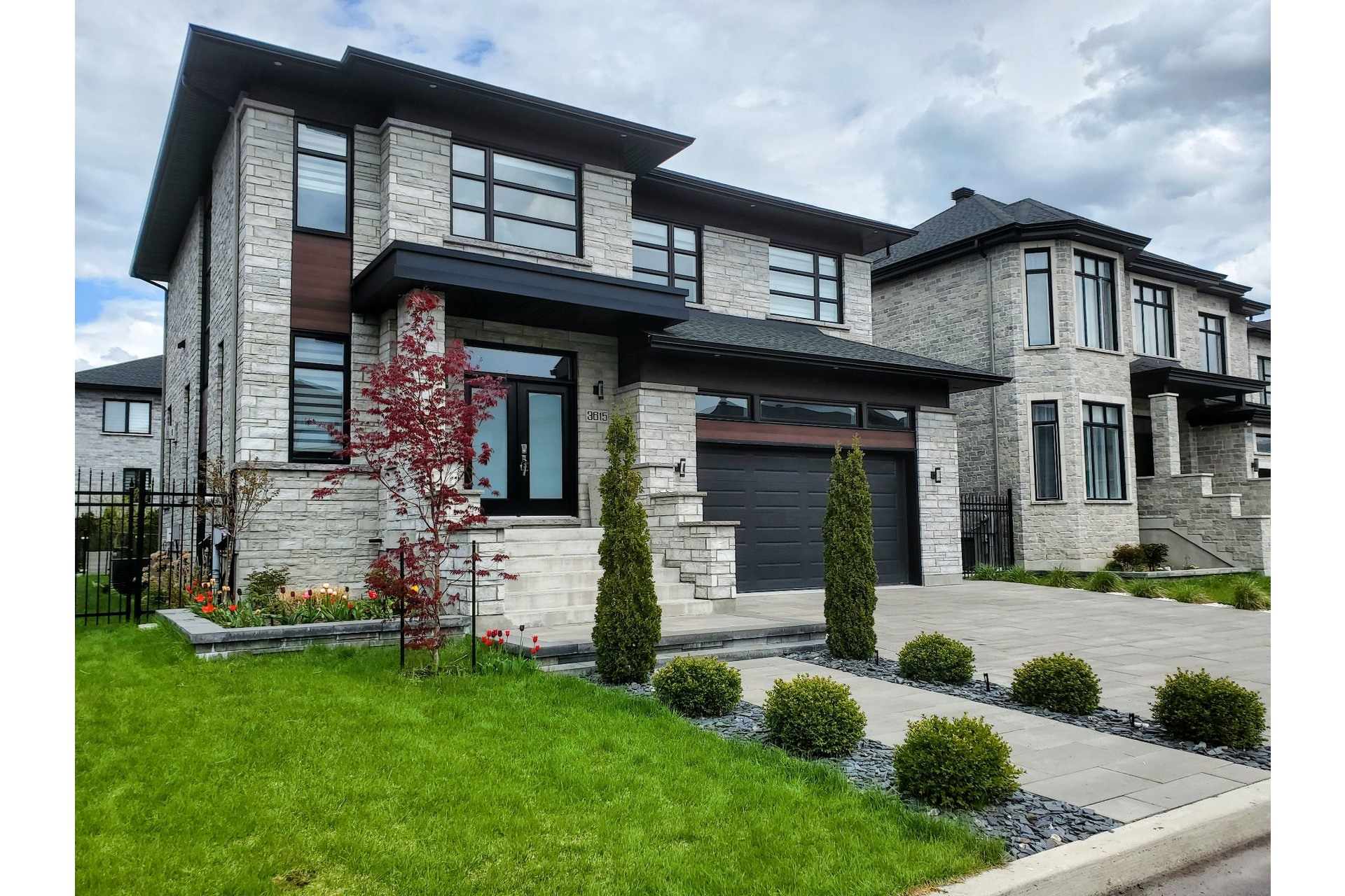 image 0 - House For sale Brossard - 15 rooms