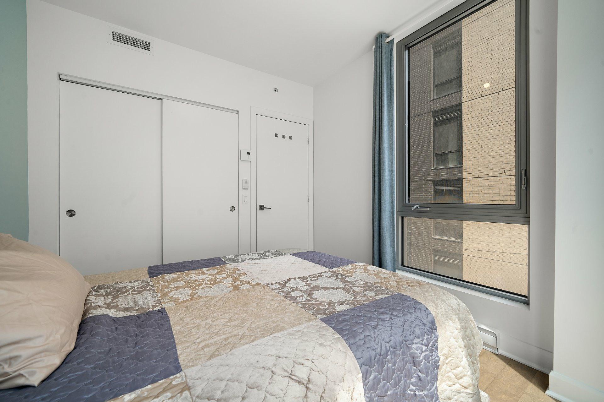 image 11 - Appartement À vendre Ville-Marie Montréal  - 3 pièces