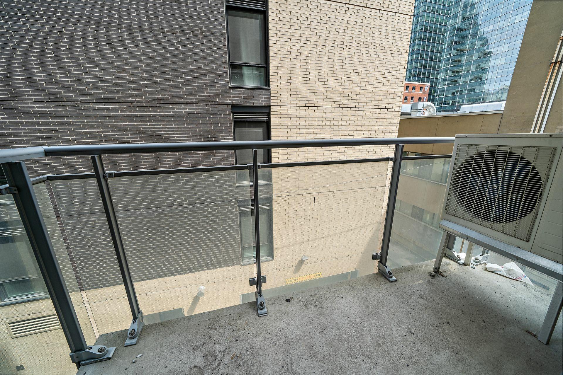 image 15 - Appartement À vendre Ville-Marie Montréal  - 3 pièces