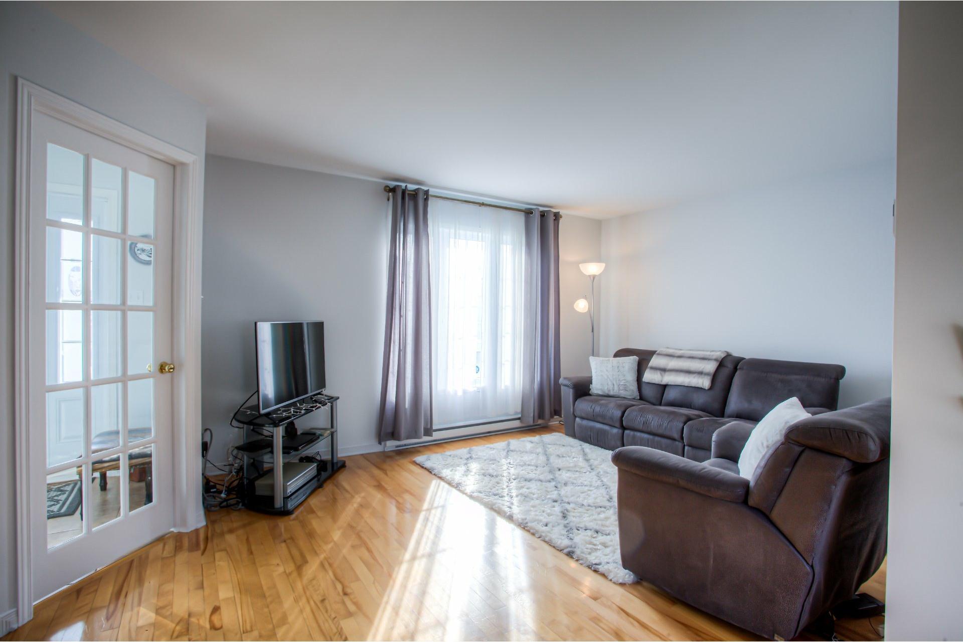 image 3 - Maison À vendre Vaudreuil-Dorion - 9 pièces