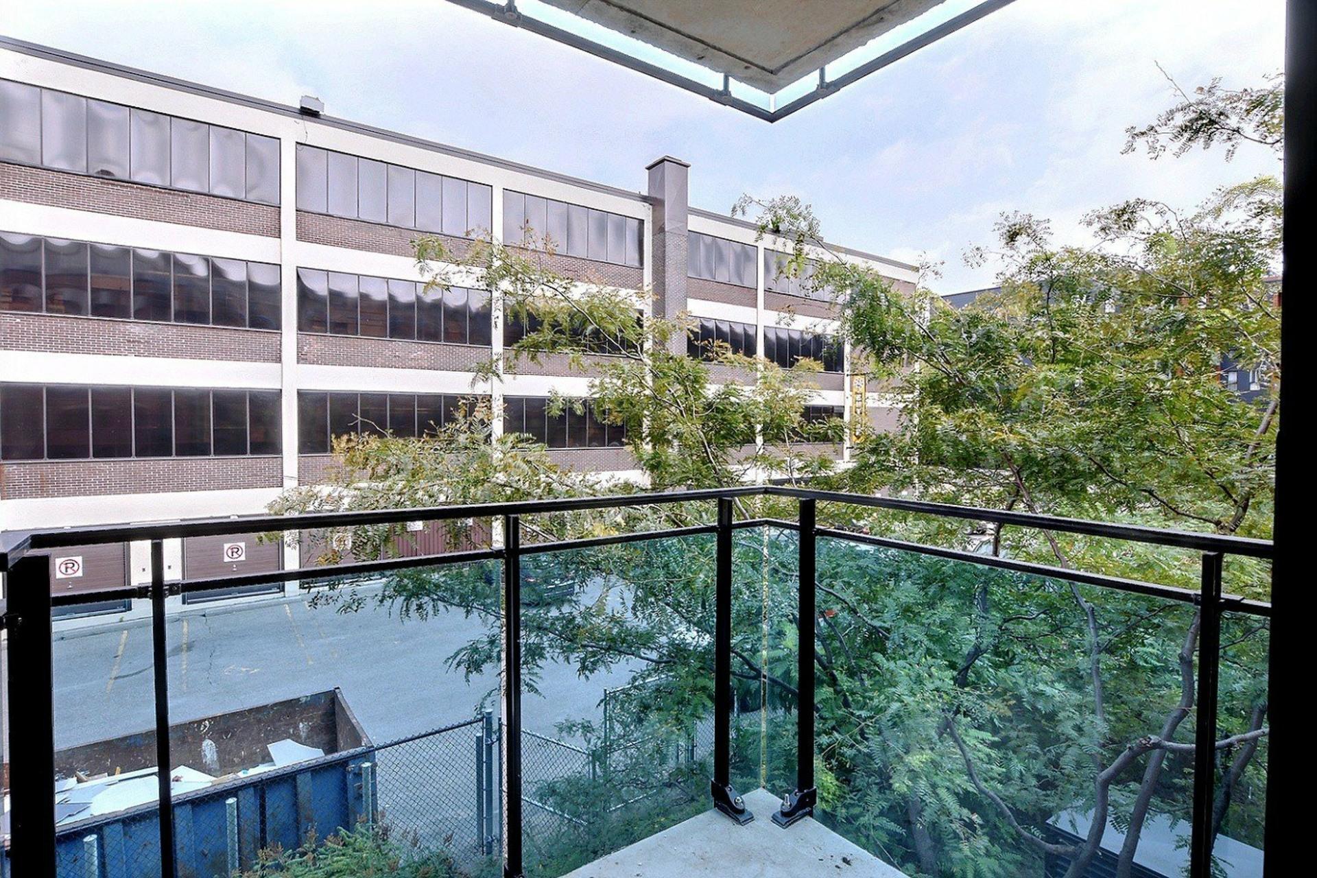 image 15 - Appartement À louer Ville-Marie Montréal  - 6 pièces