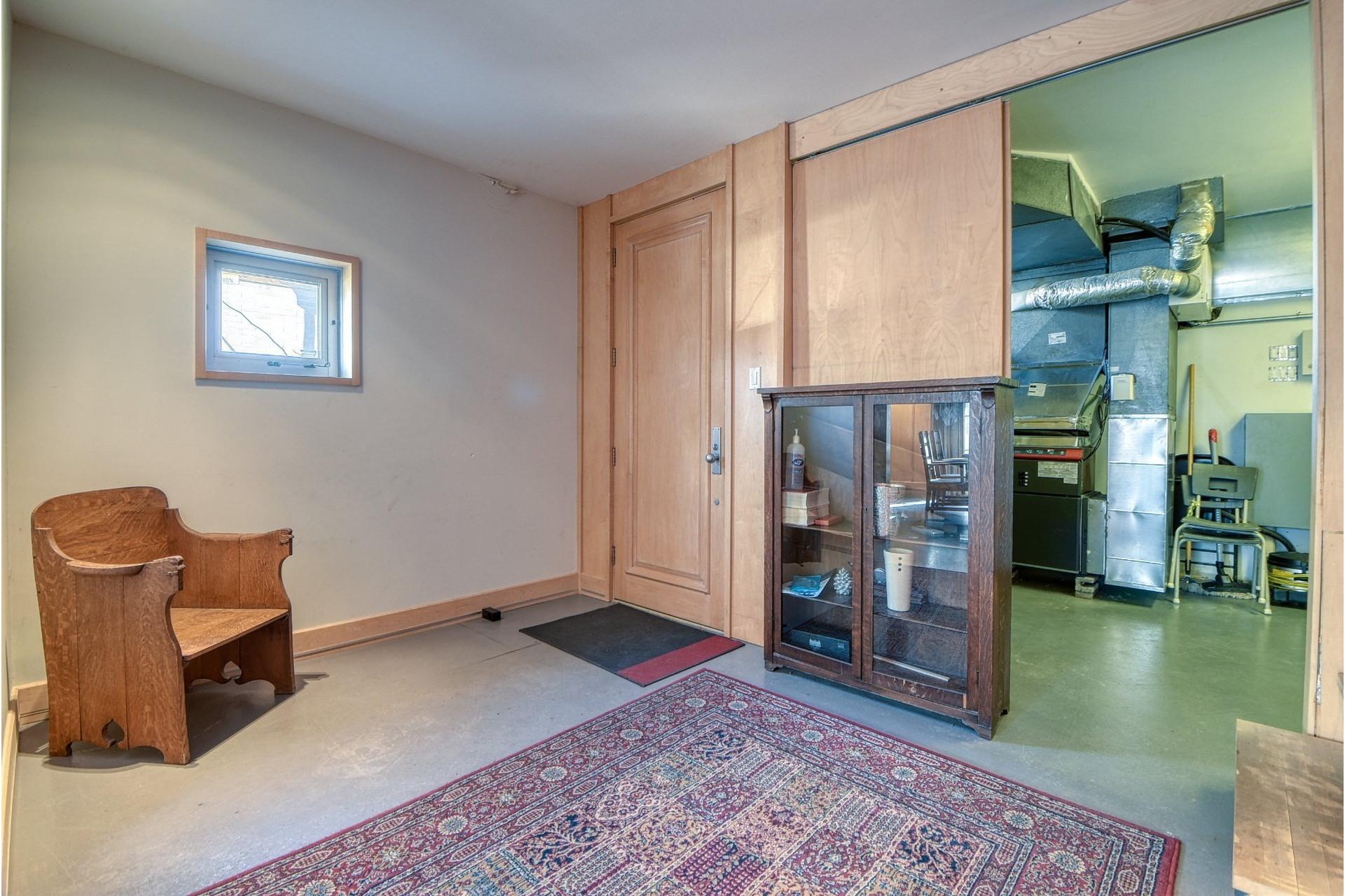 image 3 - Maison À vendre Le Sud-Ouest Montréal  - 10 pièces
