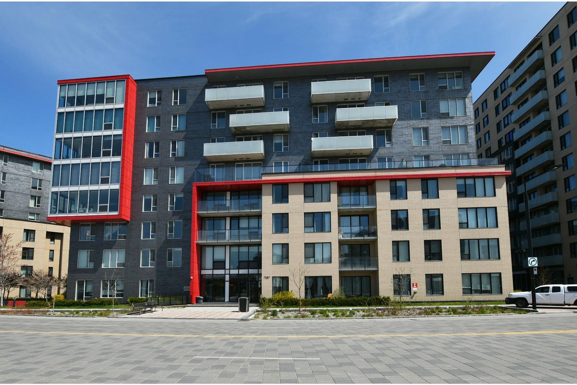 image 24 - Apartment For rent Côte-des-Neiges/Notre-Dame-de-Grâce Montréal  - 4 rooms