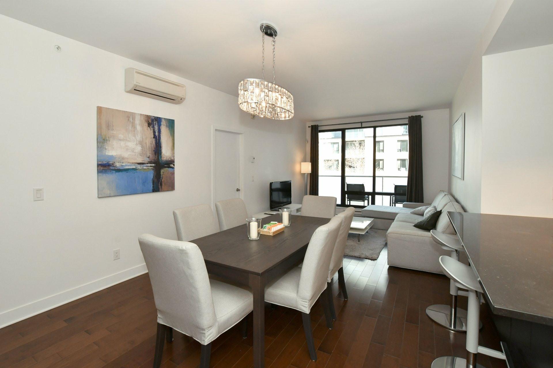 image 6 - Apartment For rent Côte-des-Neiges/Notre-Dame-de-Grâce Montréal  - 4 rooms