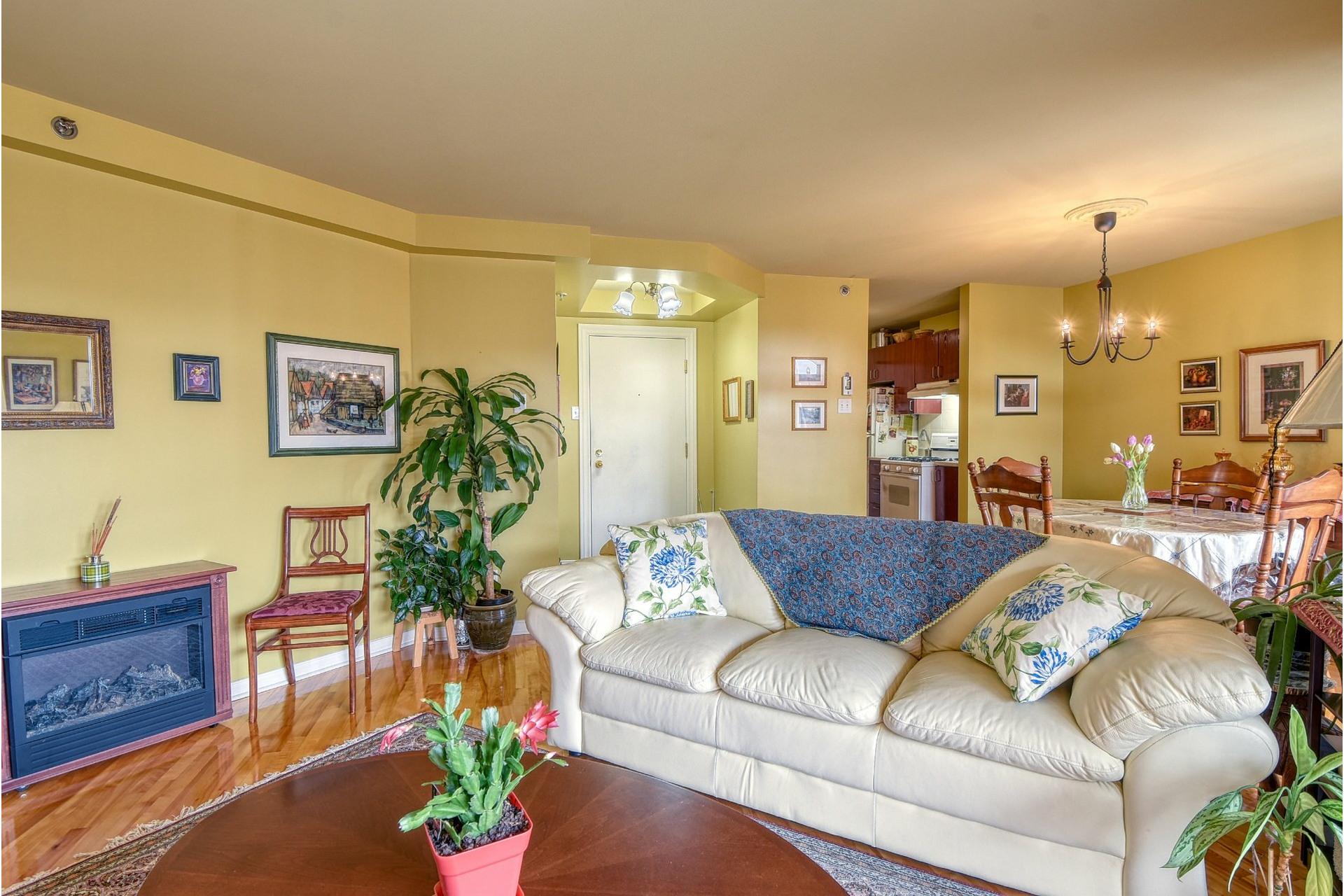 image 5 - Apartment For rent Le Sud-Ouest Montréal  - 7 rooms