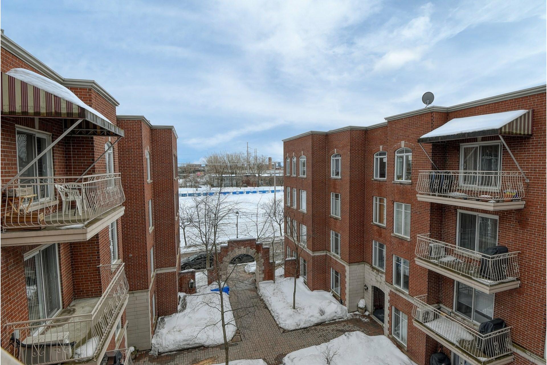 image 1 - Apartment For rent Le Sud-Ouest Montréal  - 7 rooms