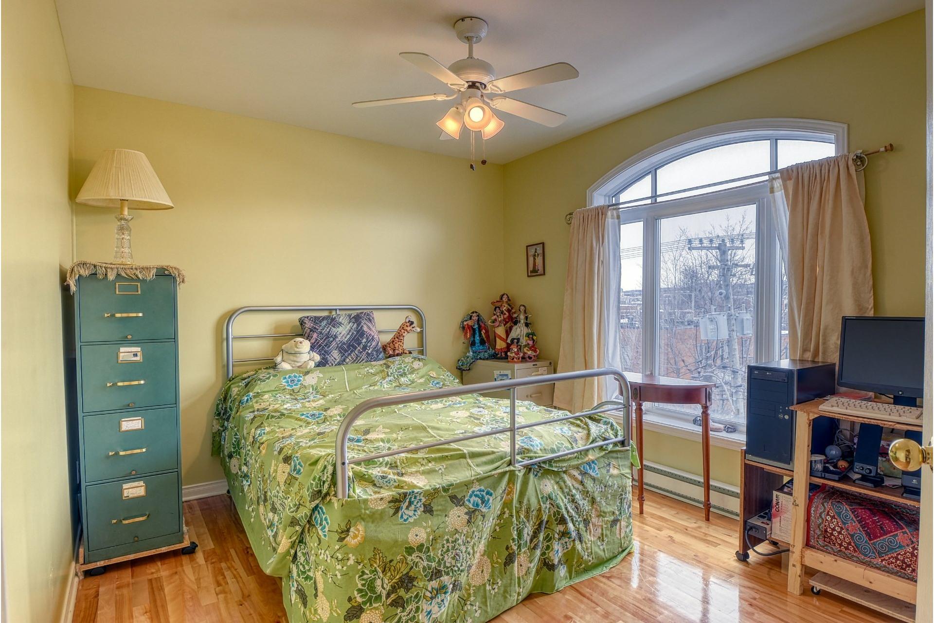 image 16 - Apartment For rent Le Sud-Ouest Montréal  - 7 rooms