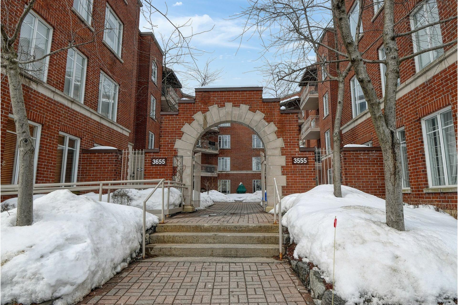 image 0 - Apartment For rent Le Sud-Ouest Montréal  - 7 rooms