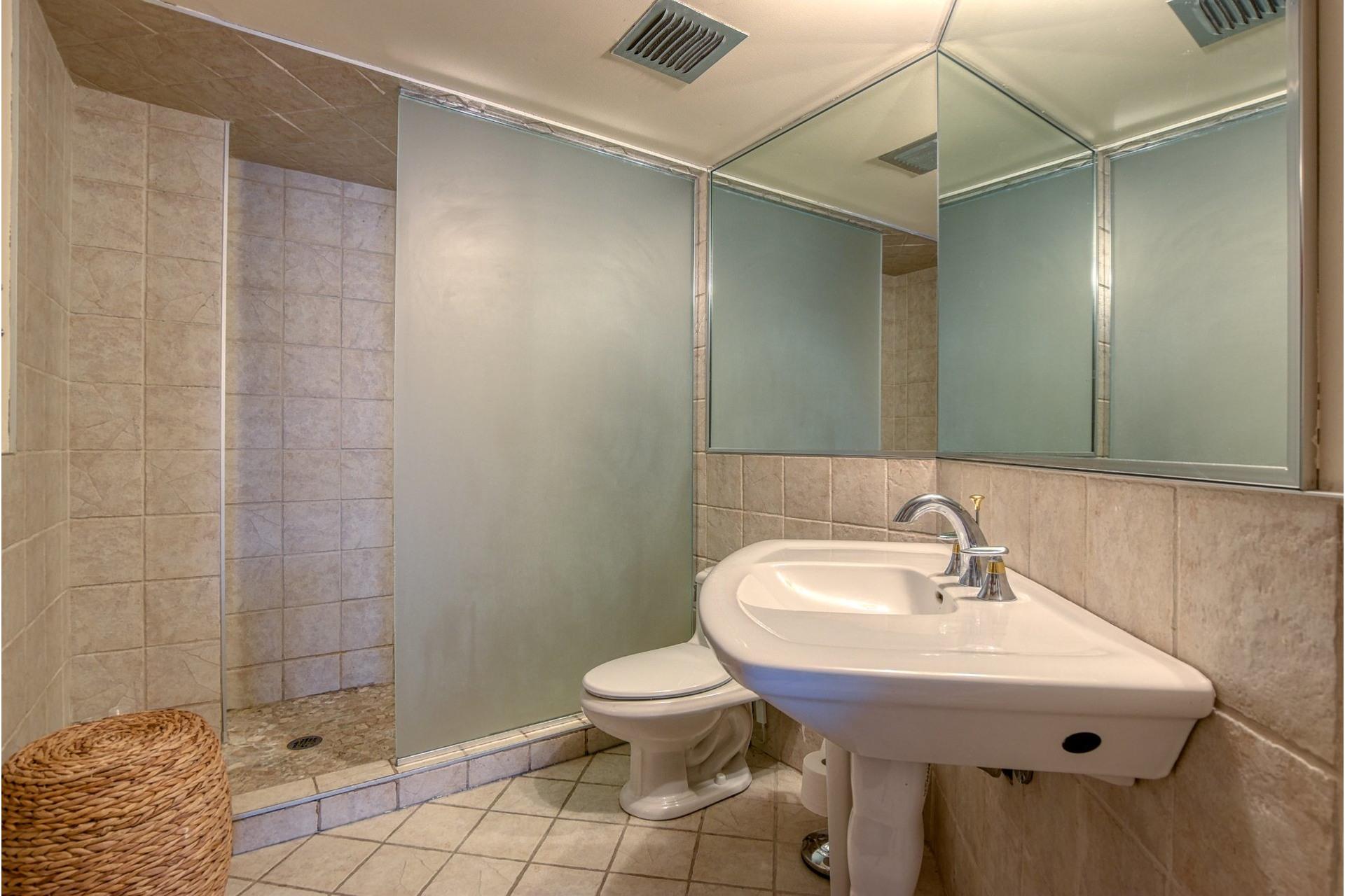 image 16 - Apartment For sale Le Vieux-Longueuil Longueuil  - 6 rooms