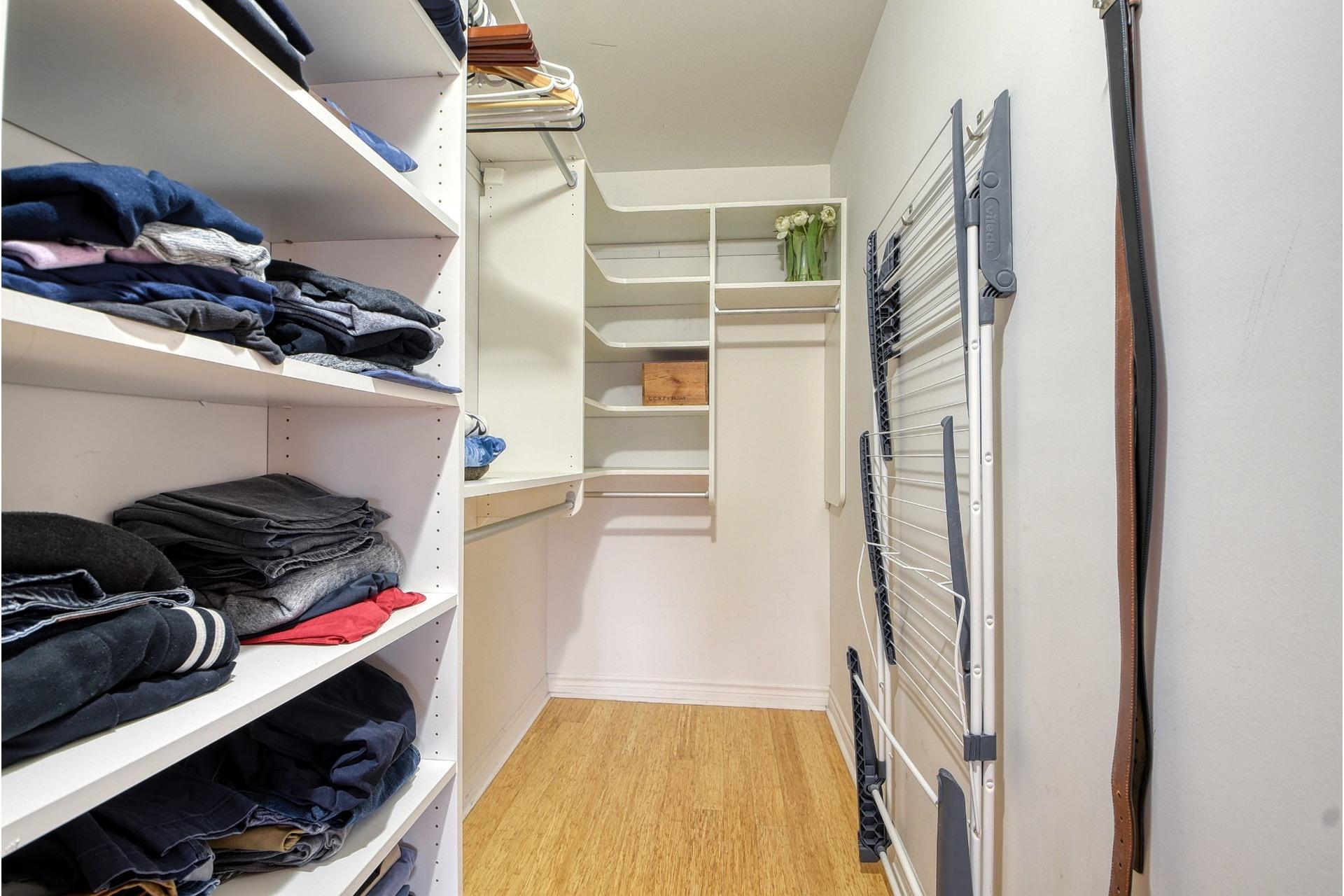 image 15 - Appartement À vendre Lachine Montréal  - 7 pièces