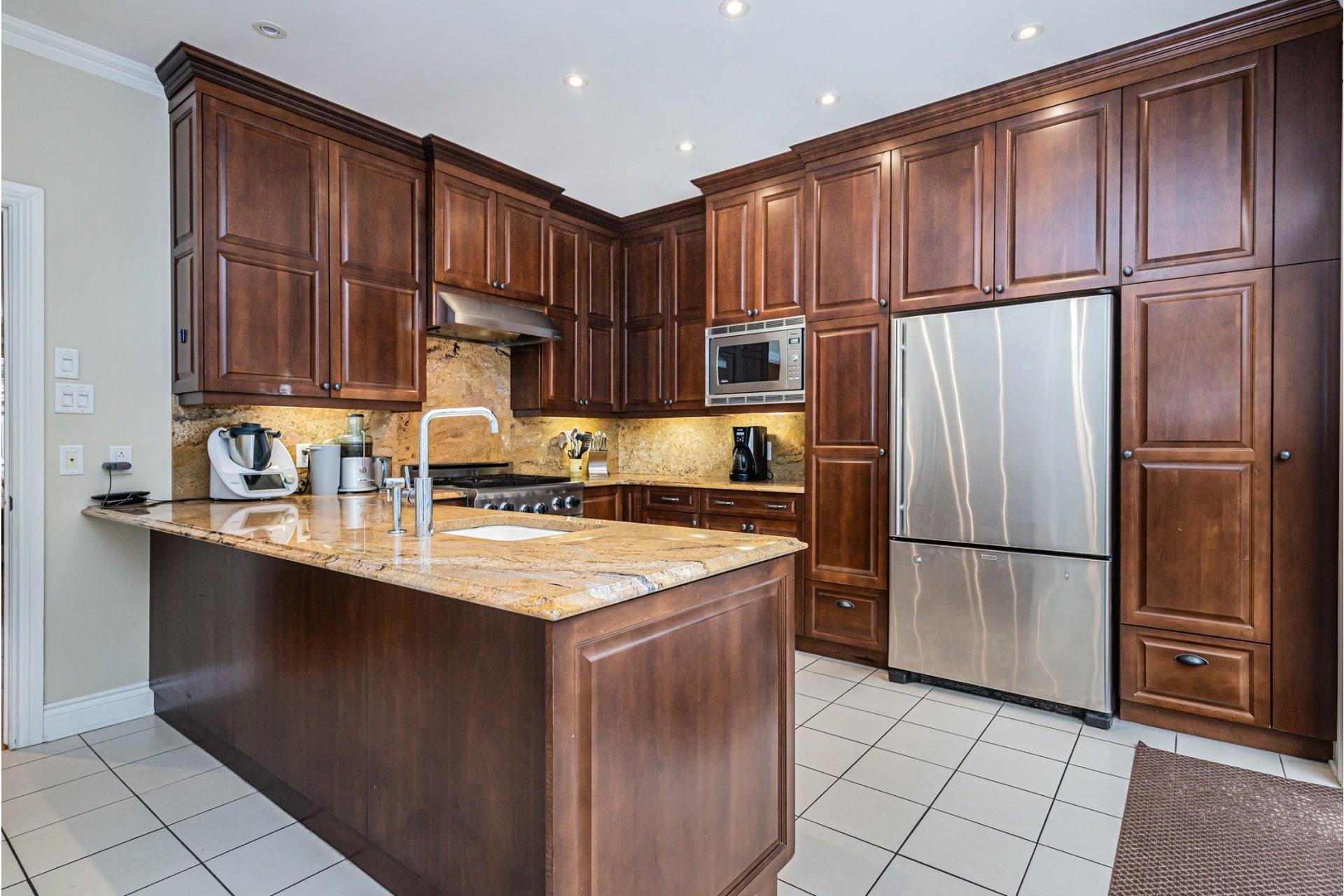 image 8 - House For sale Côte-des-Neiges/Notre-Dame-de-Grâce Montréal  - 11 rooms