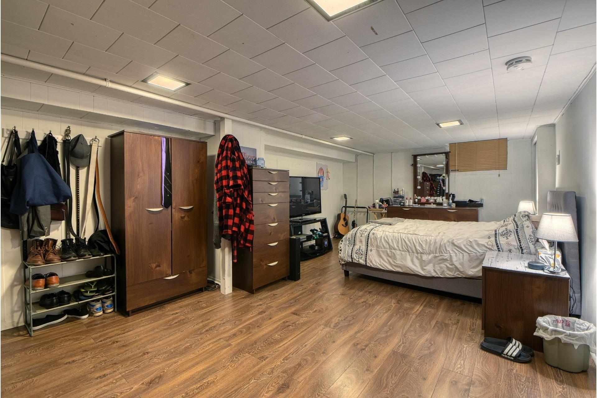 image 12 - Triplex For sale Le Sud-Ouest Montréal  - 9 rooms
