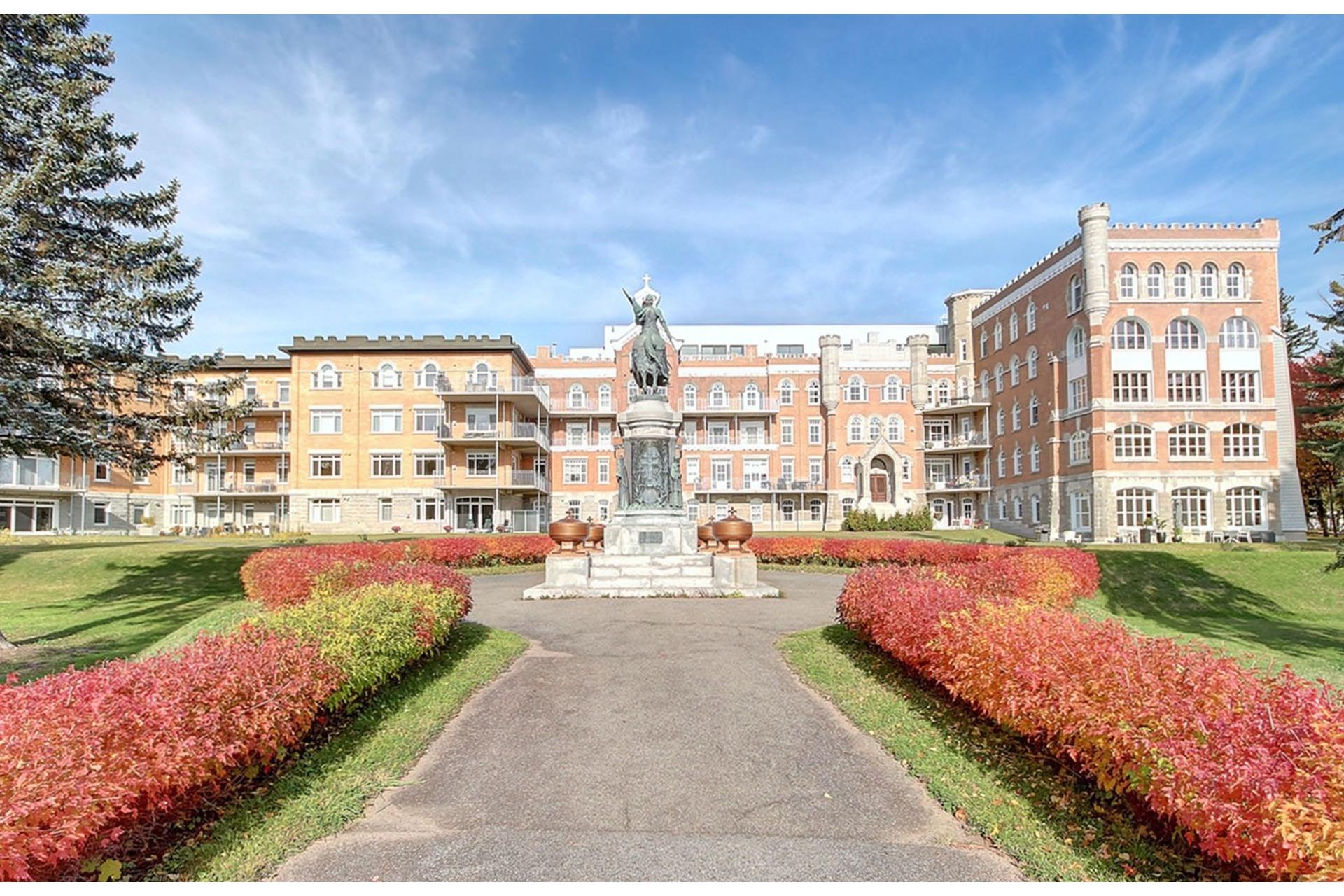 image 0 - Appartement À vendre Sainte-Foy/Sillery/Cap-Rouge Québec  - 7 pièces
