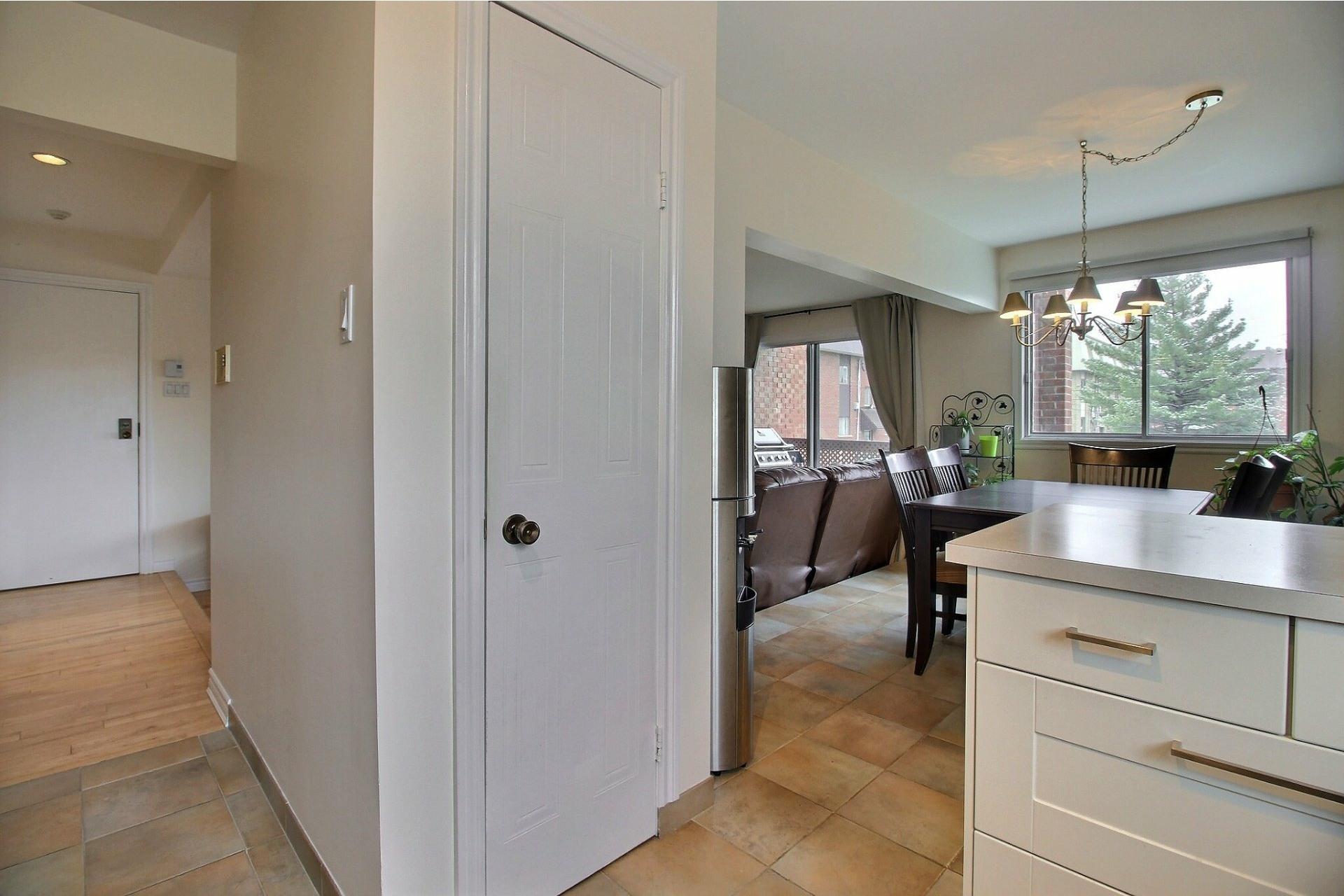 image 10 - Appartement À vendre Rivière-des-Prairies/Pointe-aux-Trembles Montréal  - 5 pièces