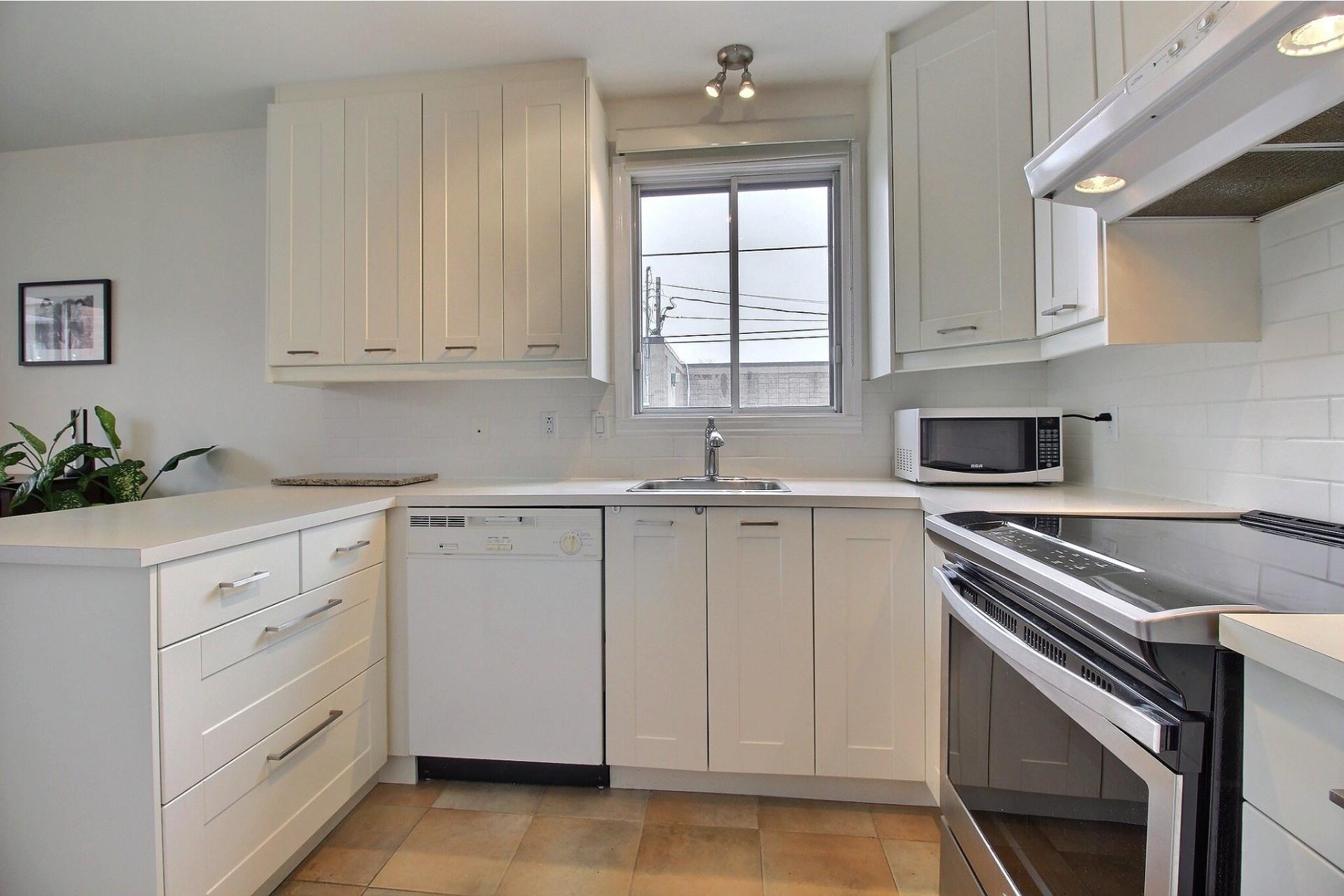 image 9 - Appartement À vendre Rivière-des-Prairies/Pointe-aux-Trembles Montréal  - 5 pièces