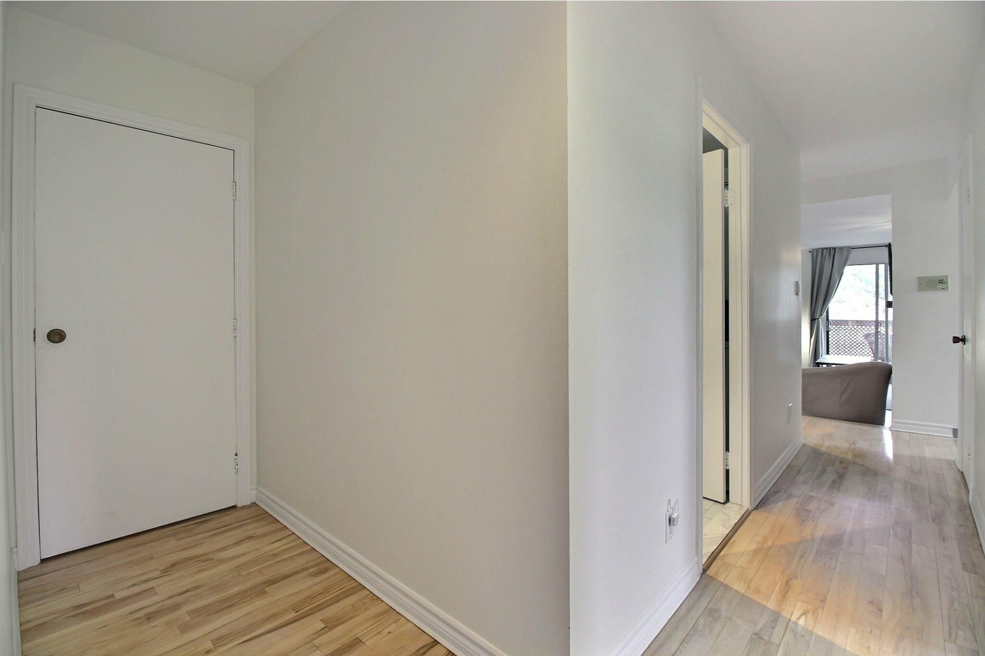 image 16 - Appartement À vendre Rivière-des-Prairies/Pointe-aux-Trembles Montréal  - 5 pièces