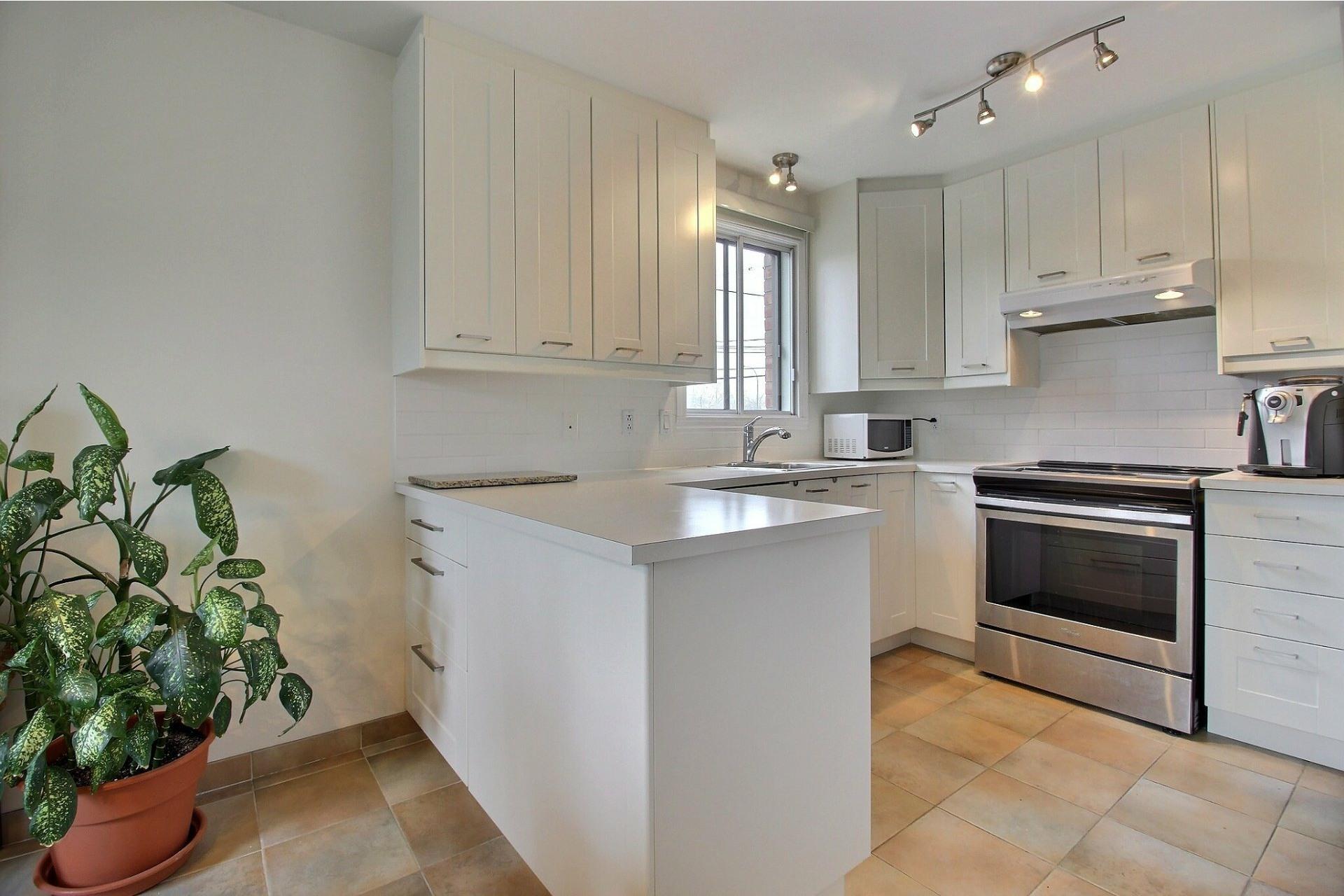 image 7 - Appartement À vendre Rivière-des-Prairies/Pointe-aux-Trembles Montréal  - 5 pièces