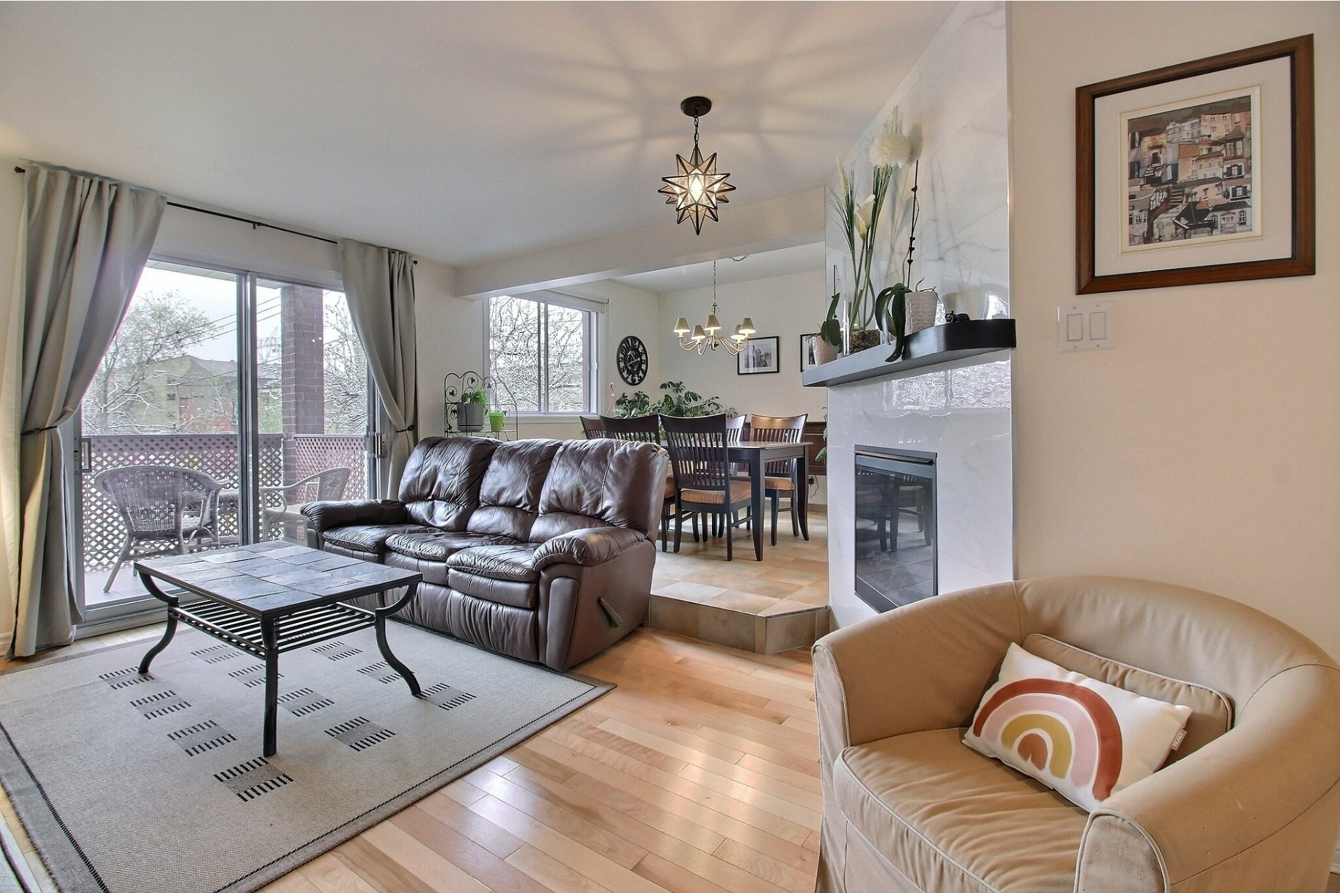 image 2 - Appartement À vendre Rivière-des-Prairies/Pointe-aux-Trembles Montréal  - 5 pièces