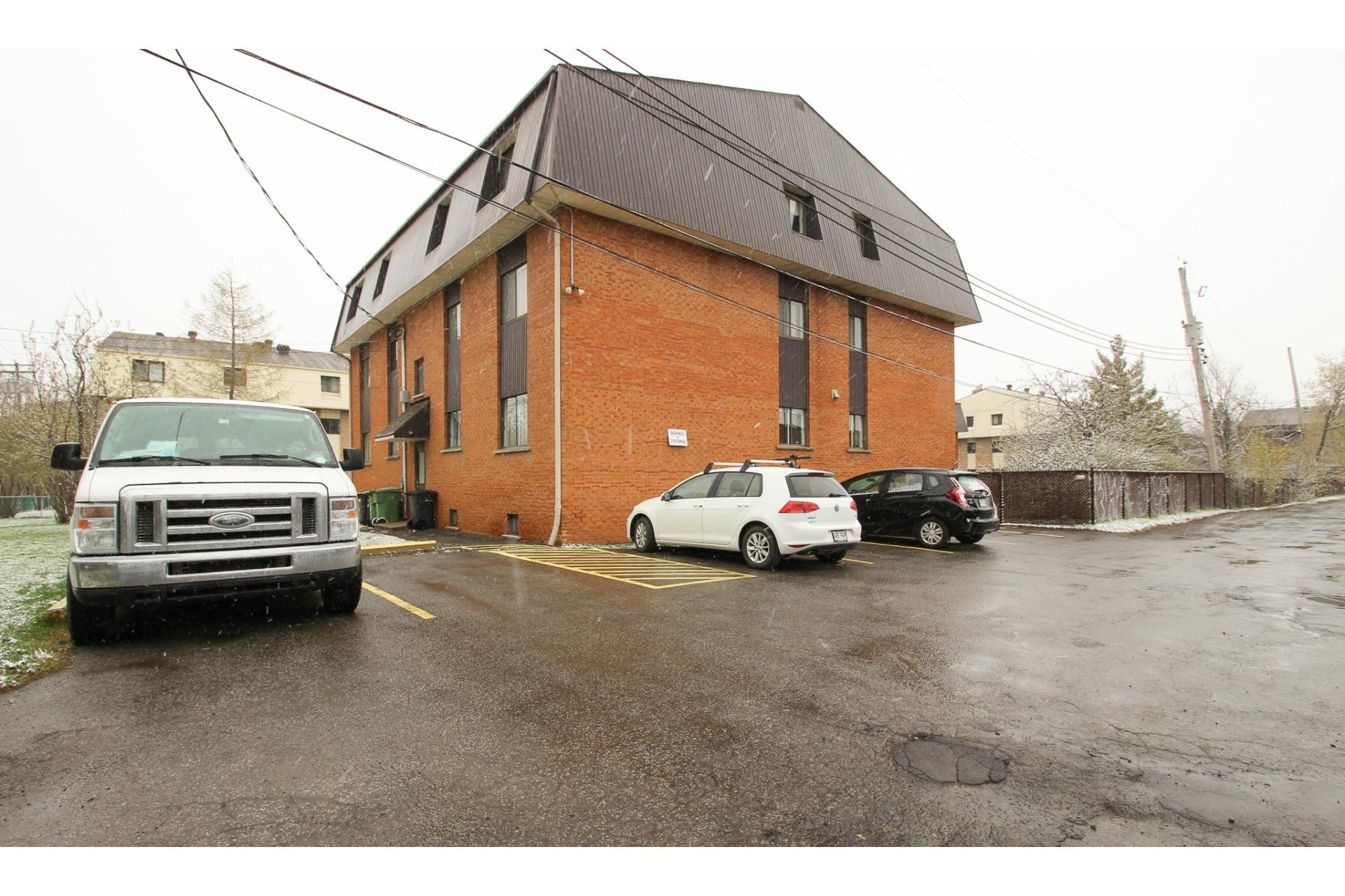 image 25 - Appartement À vendre Rivière-des-Prairies/Pointe-aux-Trembles Montréal  - 5 pièces