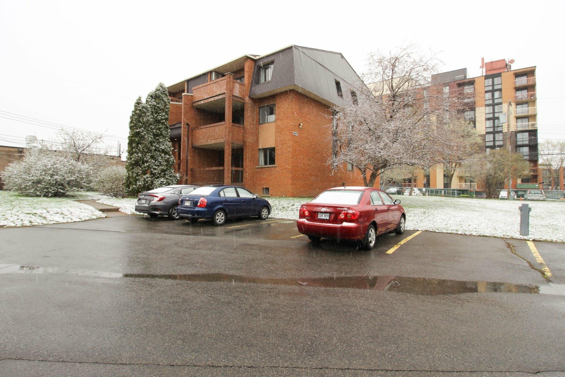 image 24 - Appartement À vendre Rivière-des-Prairies/Pointe-aux-Trembles Montréal  - 5 pièces