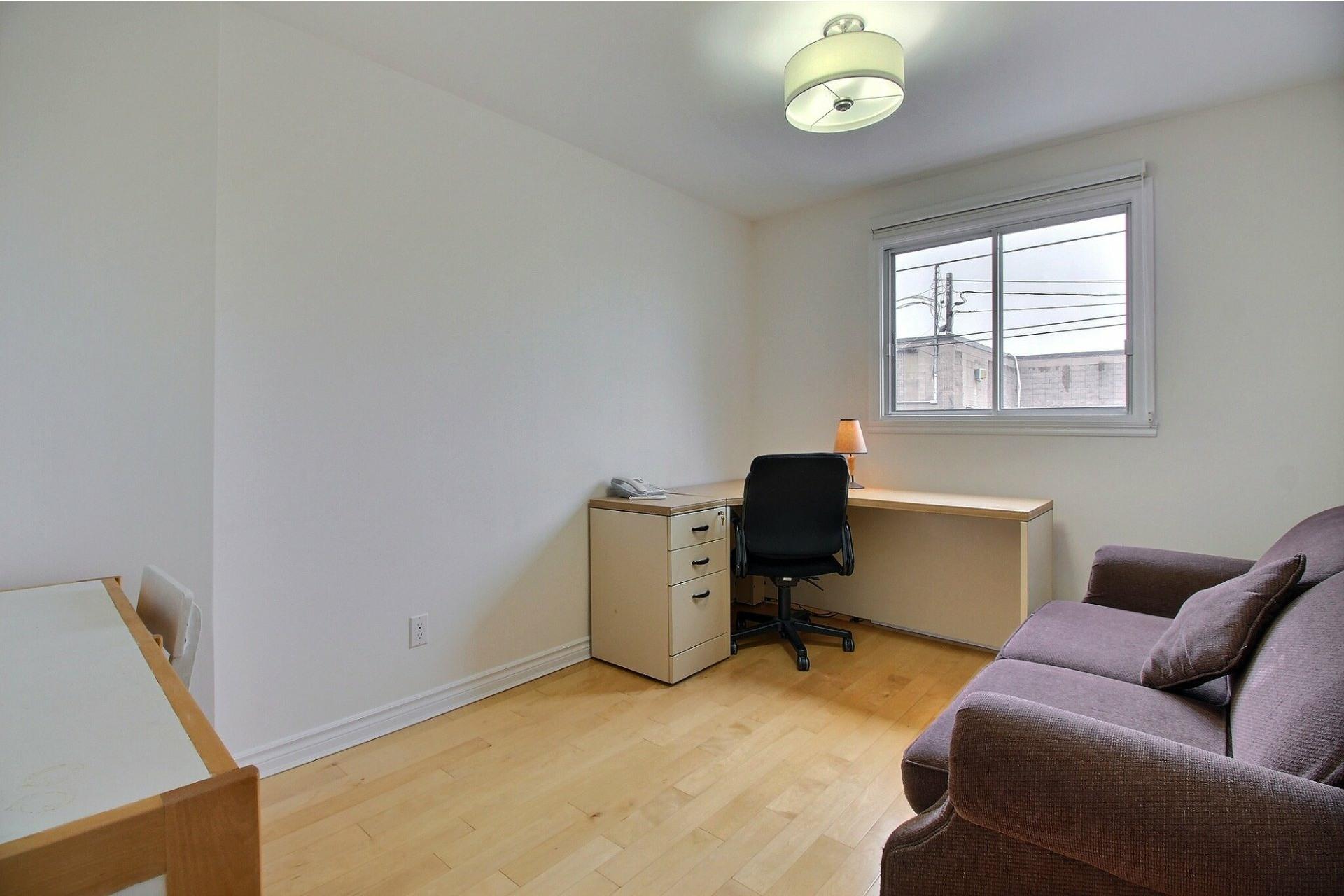 image 20 - Appartement À vendre Rivière-des-Prairies/Pointe-aux-Trembles Montréal  - 5 pièces
