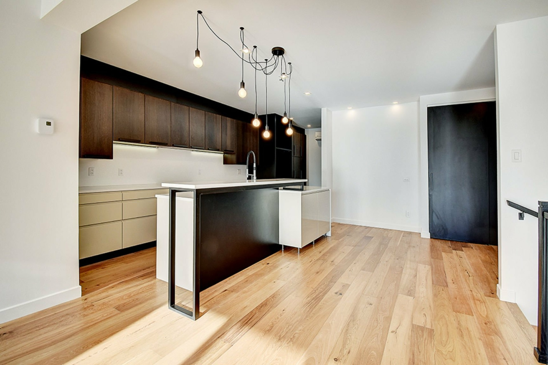 image 0 - Apartment For sale Le Vieux-Longueuil Longueuil  - 9 rooms