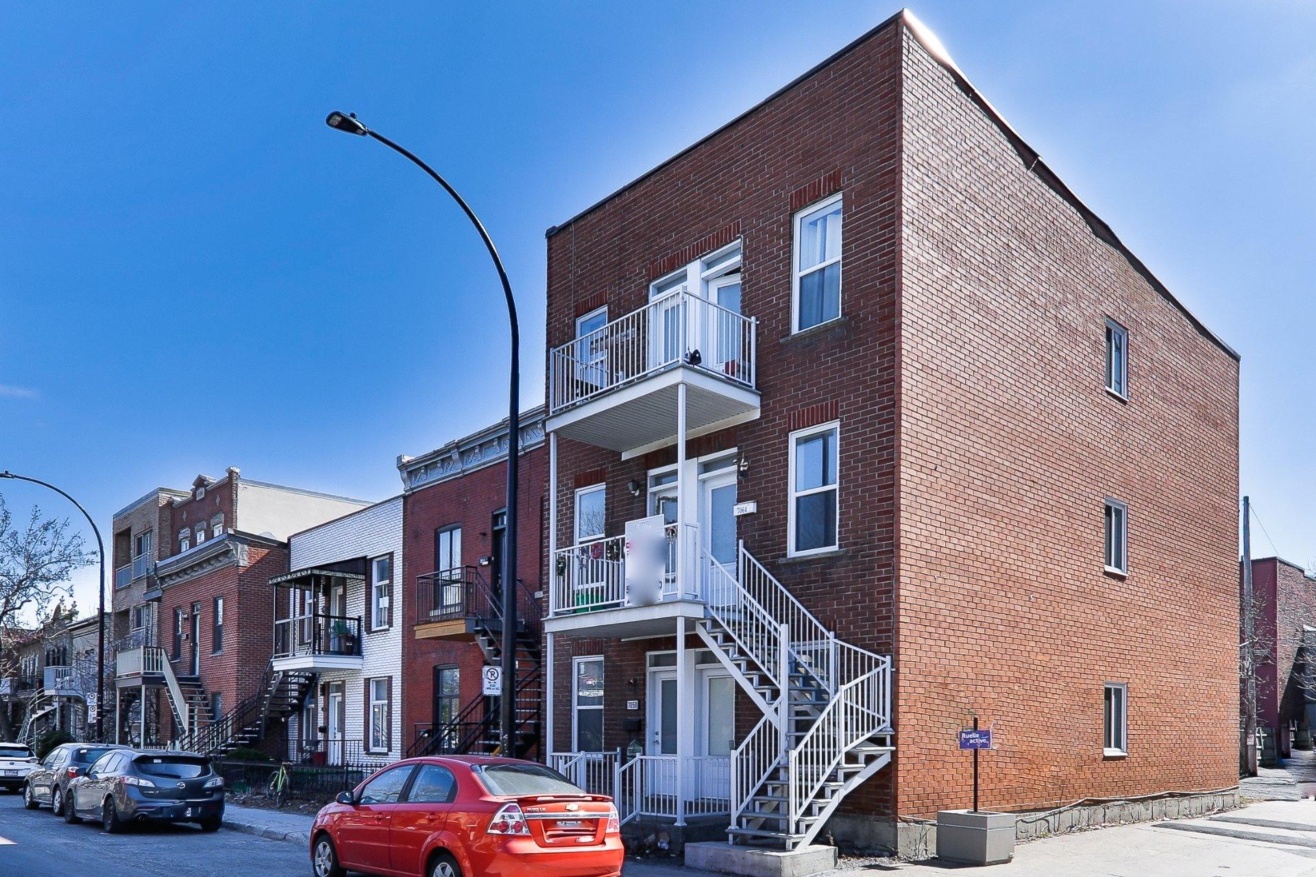 image 0 - Triplex À vendre Rosemont/La Petite-Patrie Montréal  - 5 pièces