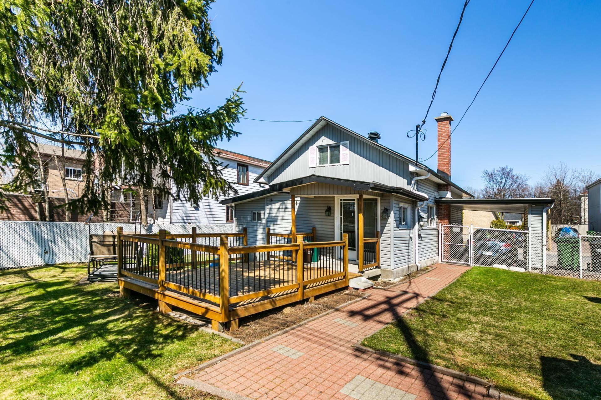 image 23 - Maison À vendre Rivière-des-Prairies/Pointe-aux-Trembles Montréal  - 7 pièces