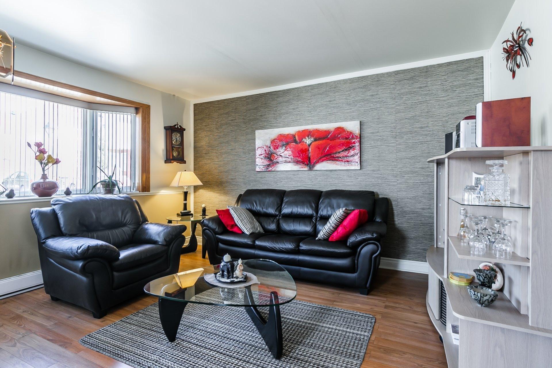 image 4 - Maison À vendre Rivière-des-Prairies/Pointe-aux-Trembles Montréal  - 7 pièces