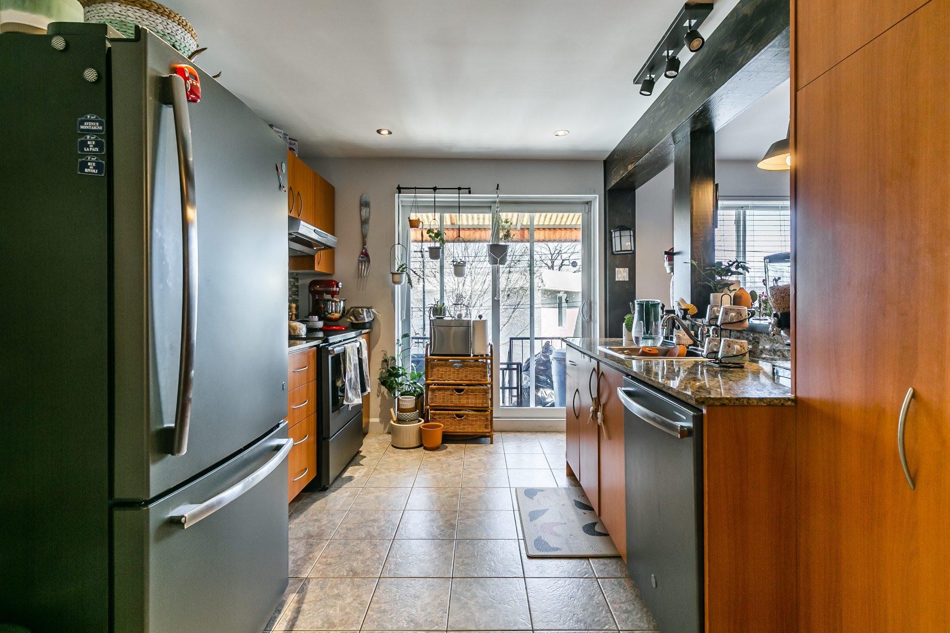 image 7 - Appartement À louer Anjou Montréal  - 5 pièces