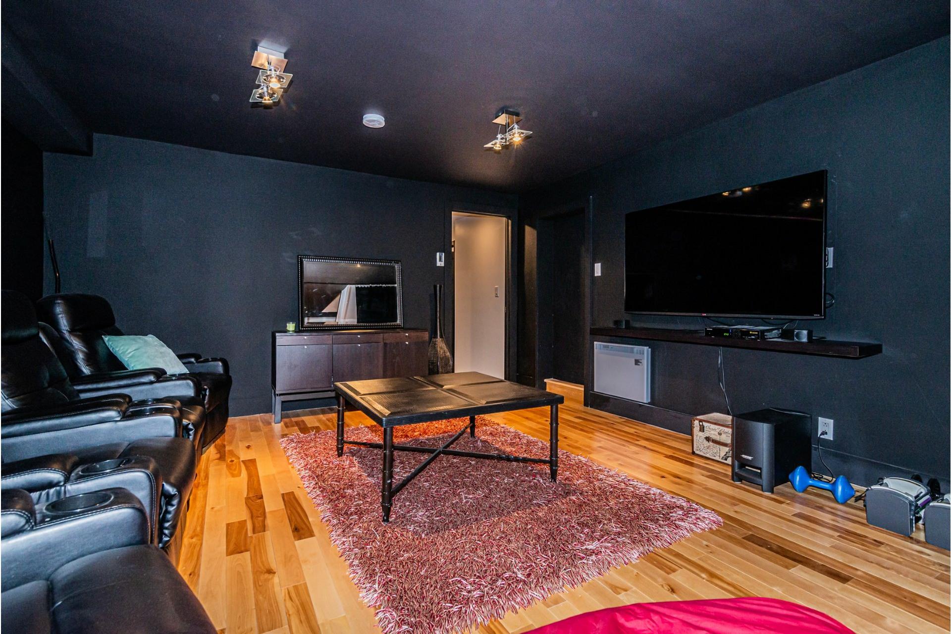 image 20 - Triplex For sale LaSalle Montréal  - 3 rooms