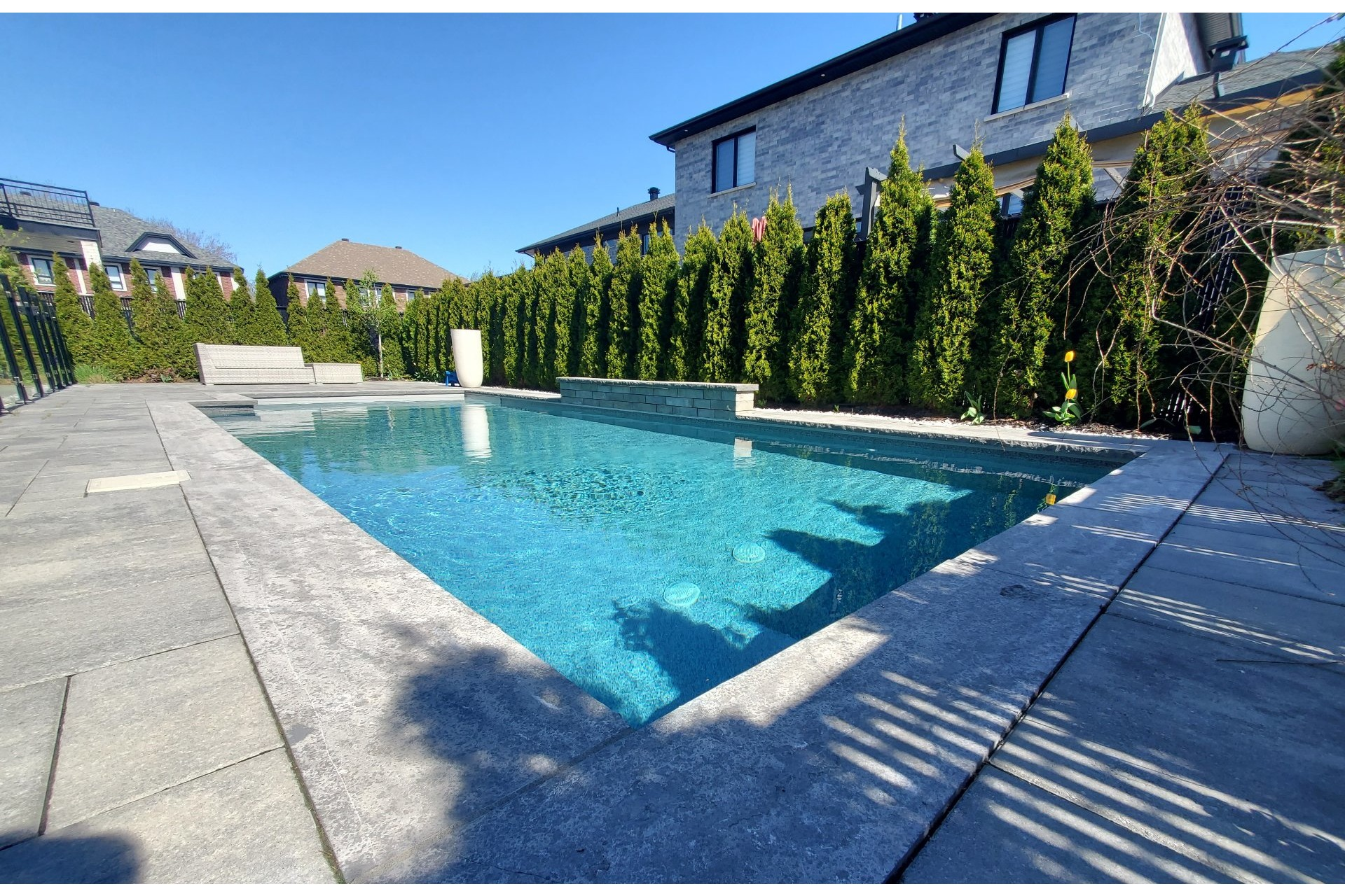 image 1 - House For sale Brossard - 15 rooms
