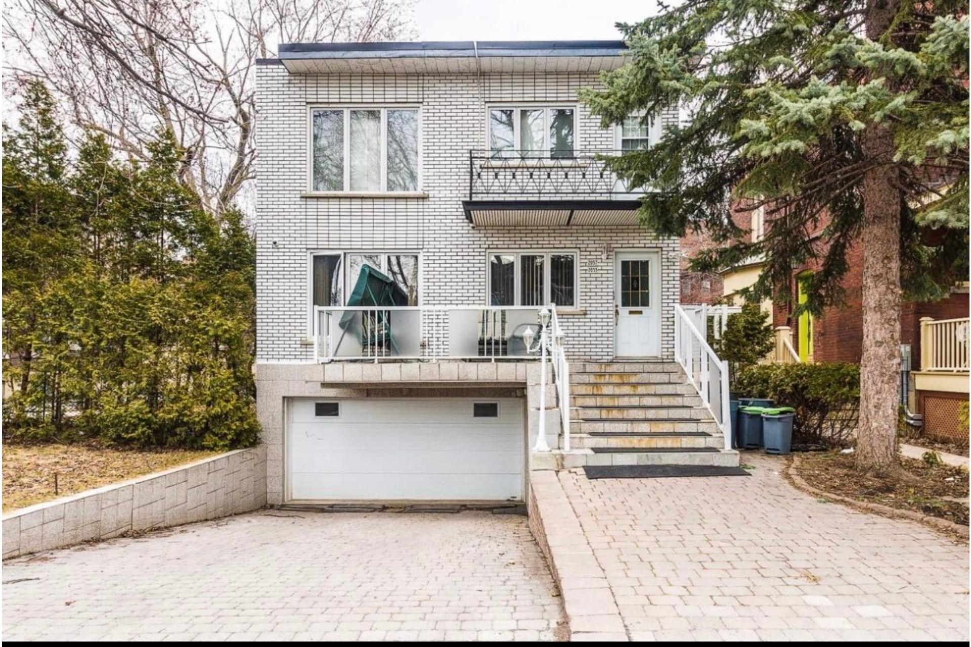 image 5 - Apartment For rent Côte-des-Neiges/Notre-Dame-de-Grâce Montréal  - 5 rooms