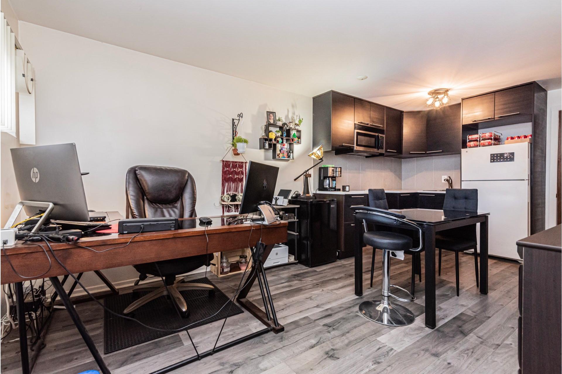 image 29 - House For sale Laval-des-Rapides Laval  - 9 rooms