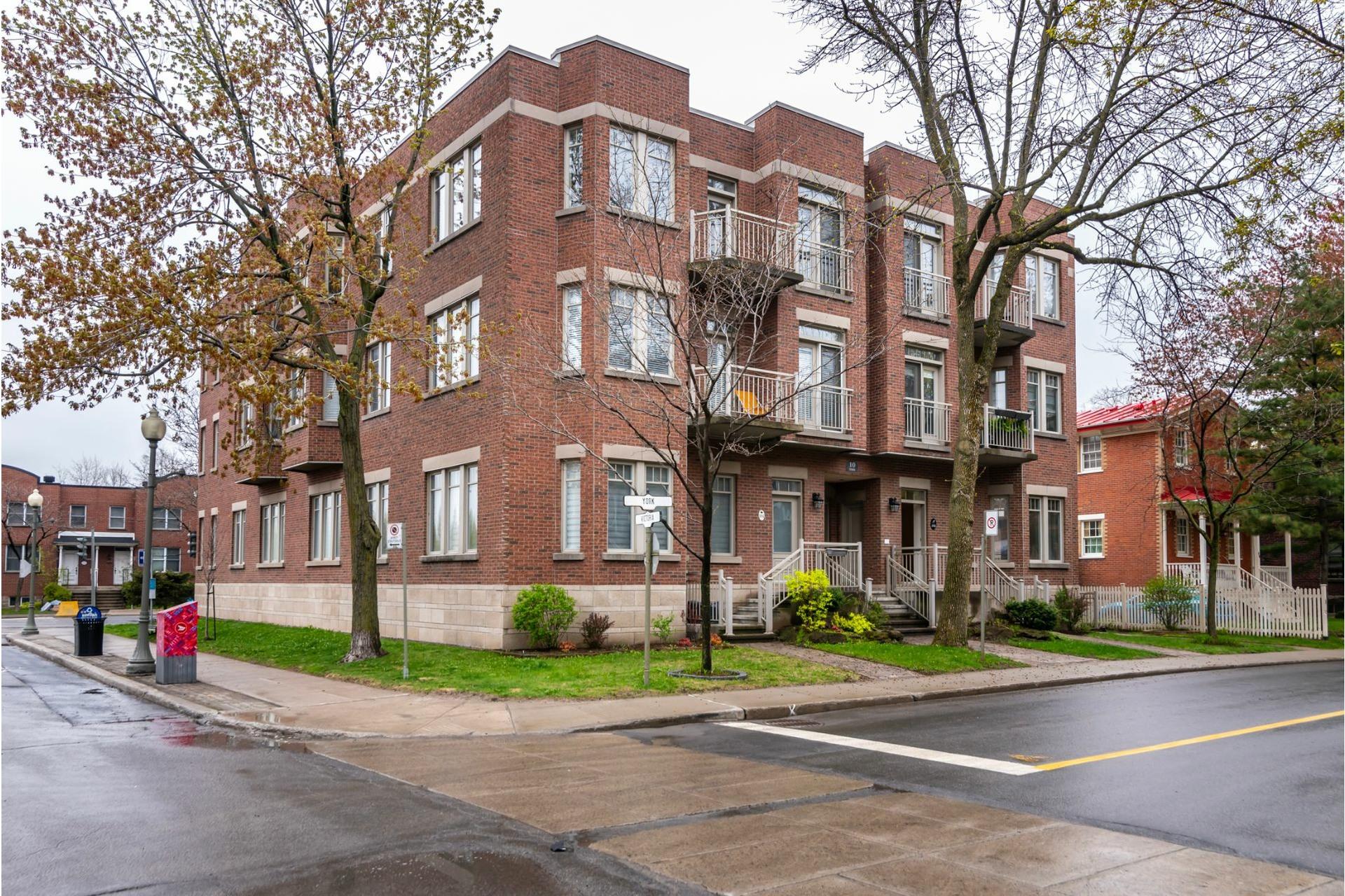 image 1 - Appartement À vendre Westmount - 5 pièces