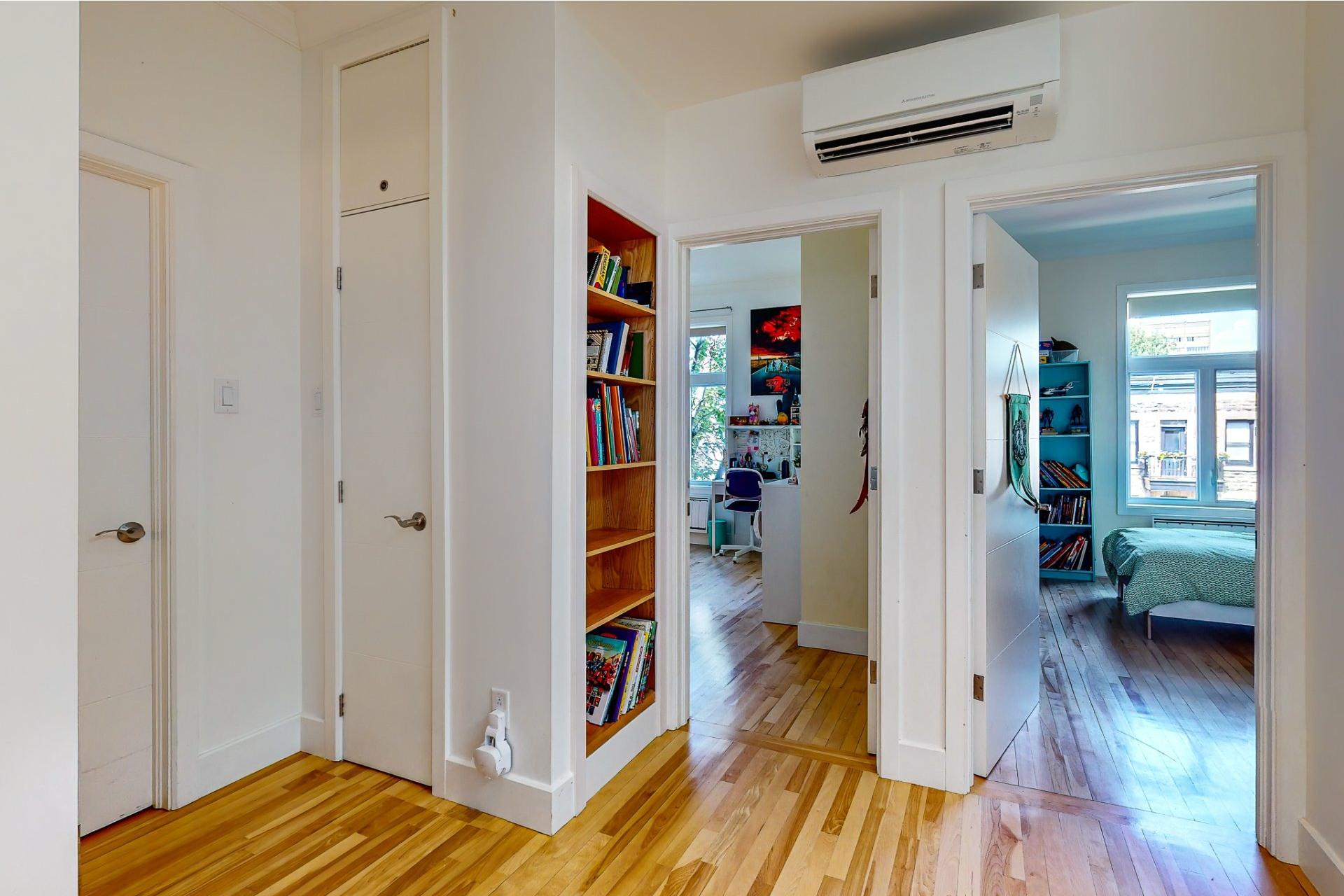 image 18 - House For sale Le Plateau-Mont-Royal Montréal  - 10 rooms