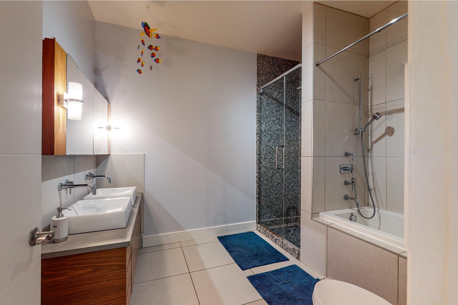 image 16 - House For sale Le Plateau-Mont-Royal Montréal  - 10 rooms