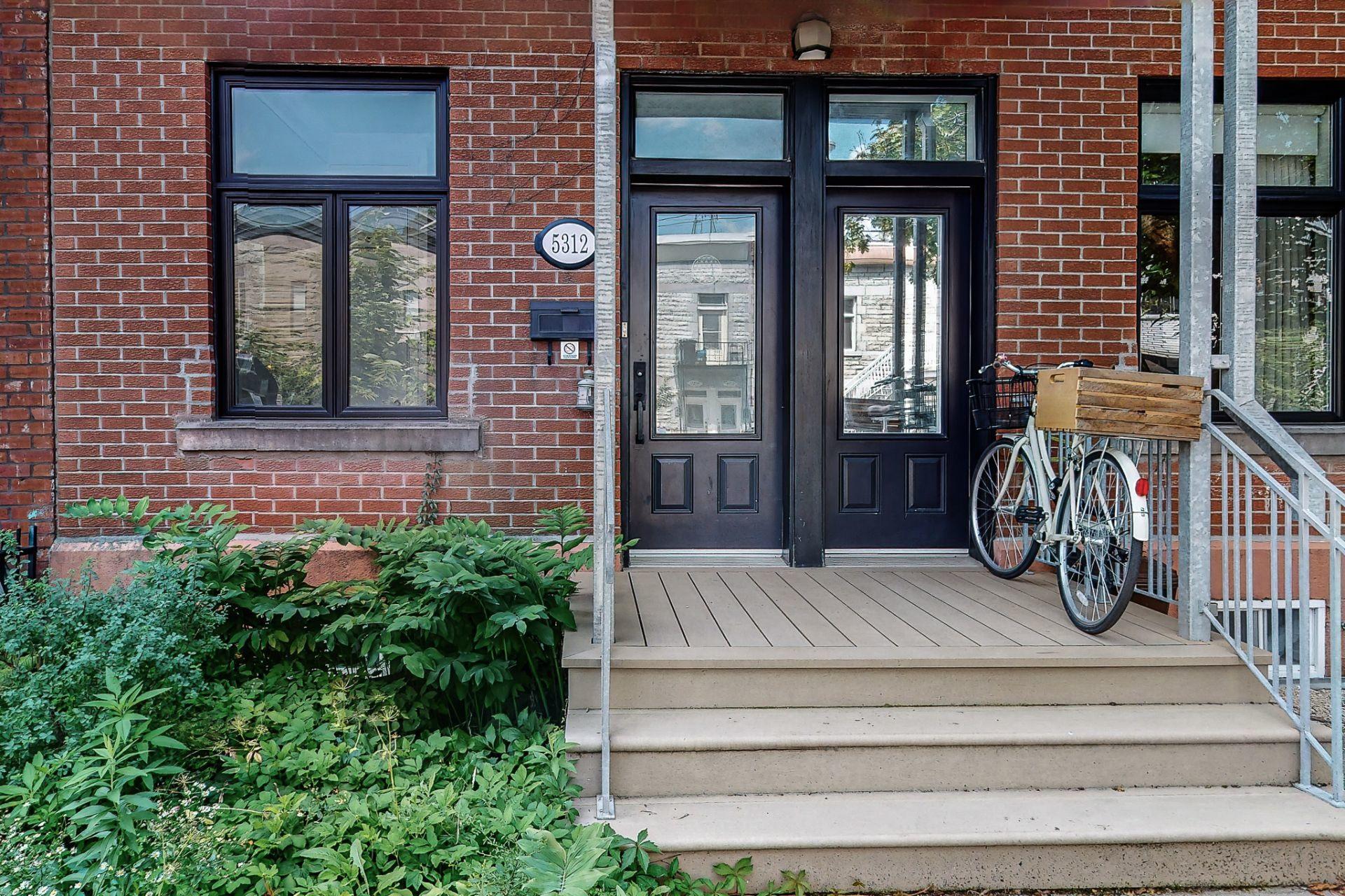 image 1 - House For sale Le Plateau-Mont-Royal Montréal  - 10 rooms